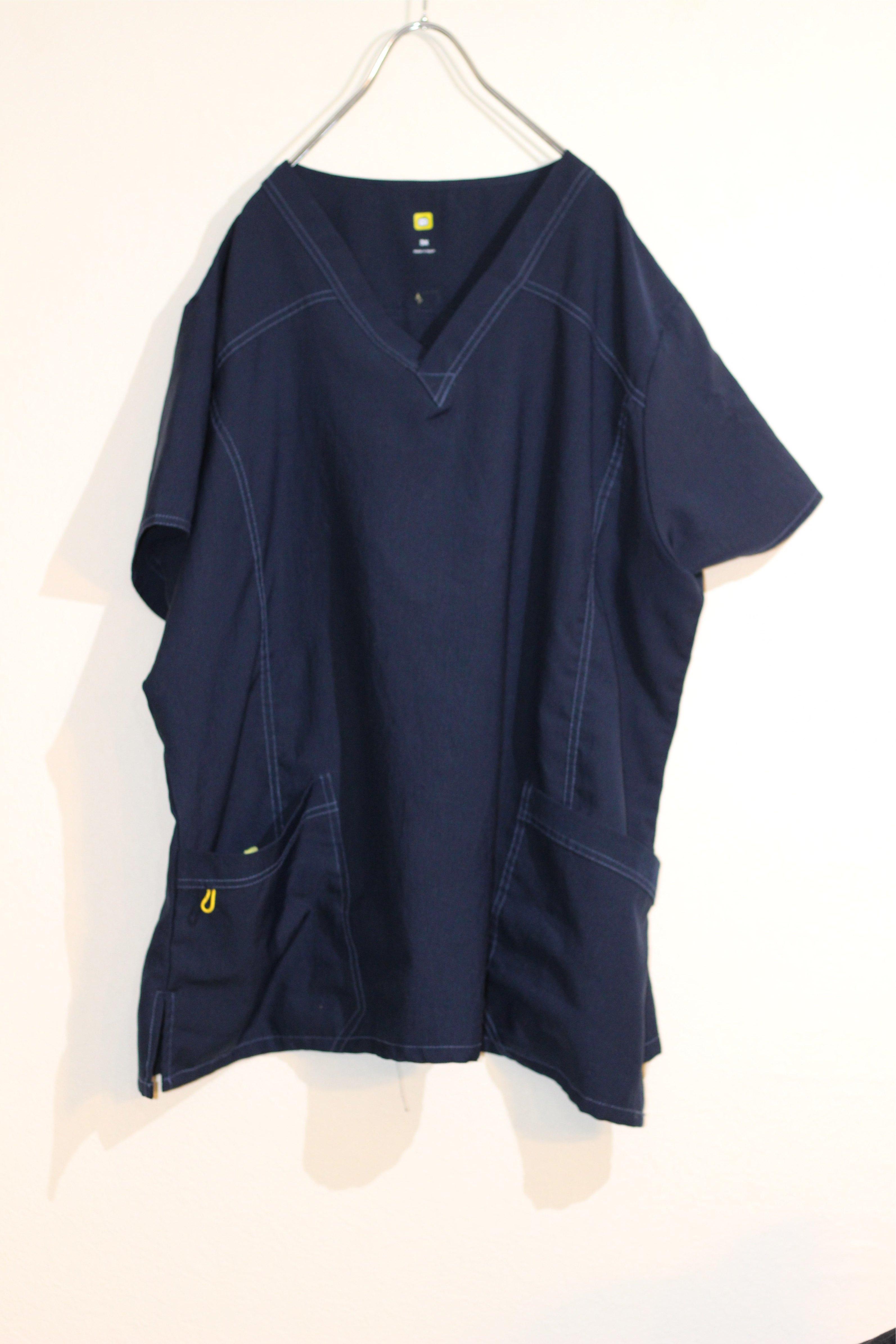 pullover shirt