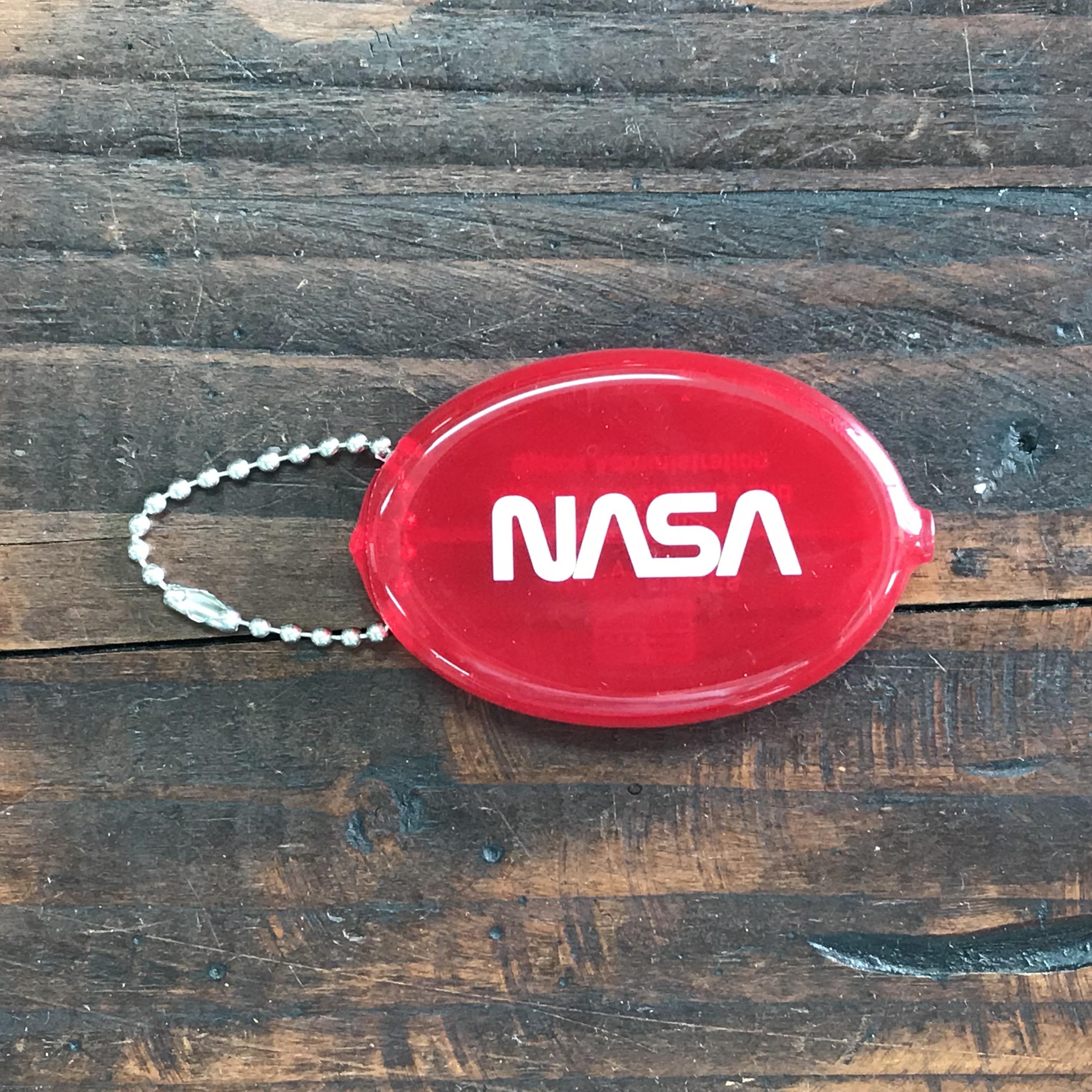 NASAコインケースキーチェーン・ロゴタイプ(ワーム)