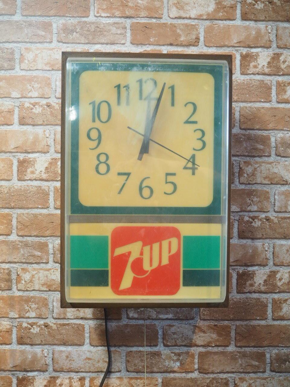 品番0043 時計 7UP / Clock