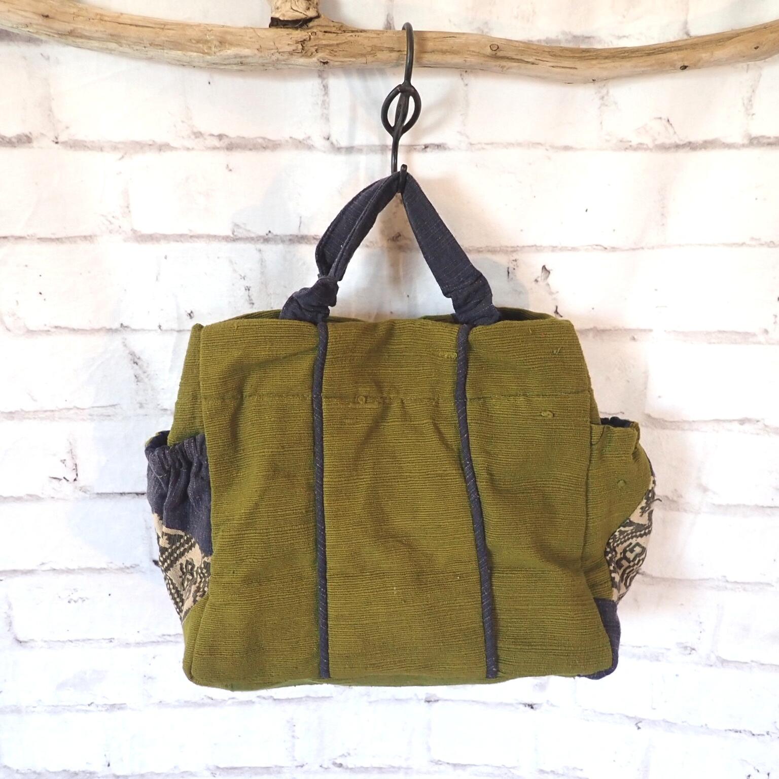 チェンマイ ナガ族刺繍の手さげバッグ 抹茶