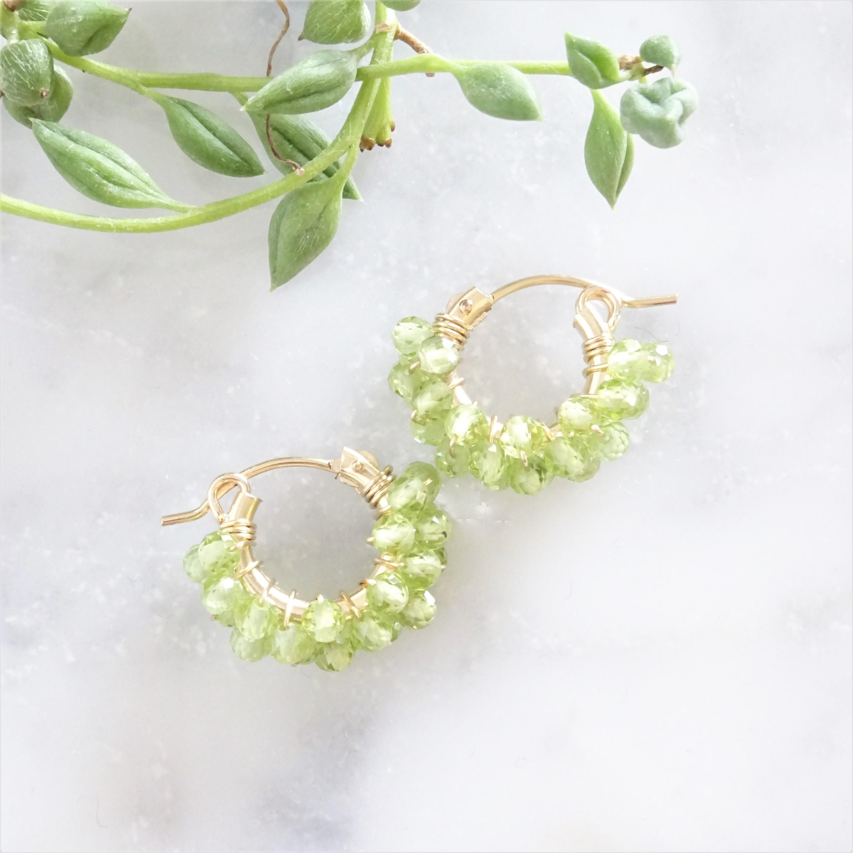 送料無料14kgf*宝石質 Peridot pavé pierced earring / earring