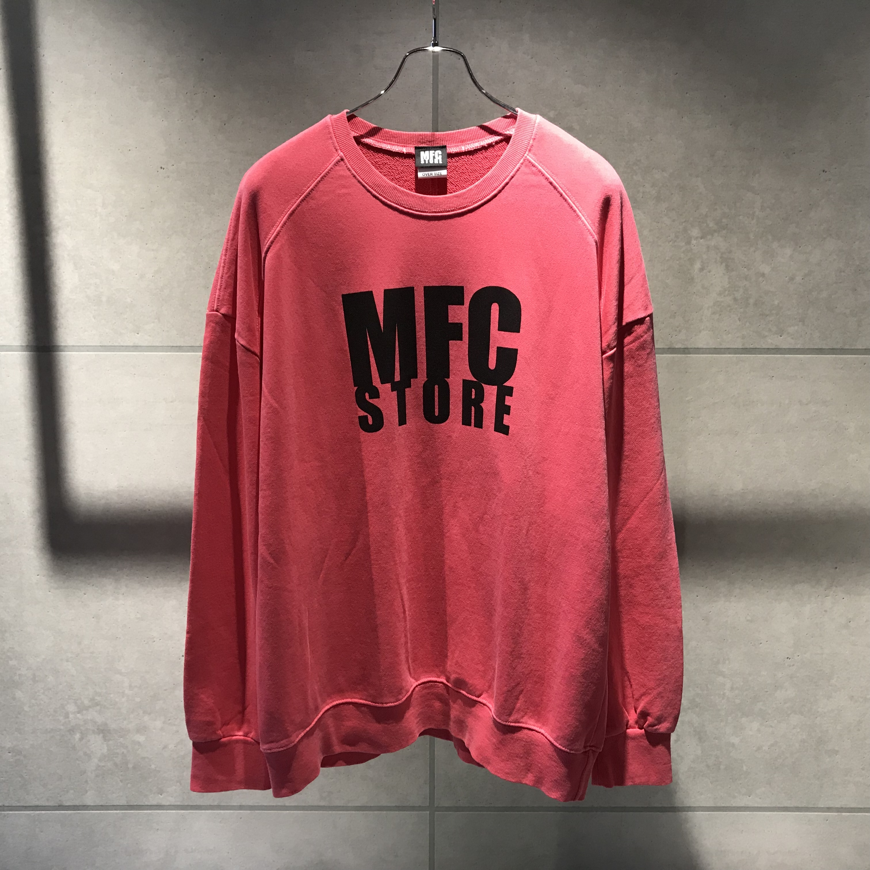 MFC STORE LOGO CREWNECK OVER SWEATSHIRT / HOT PINK