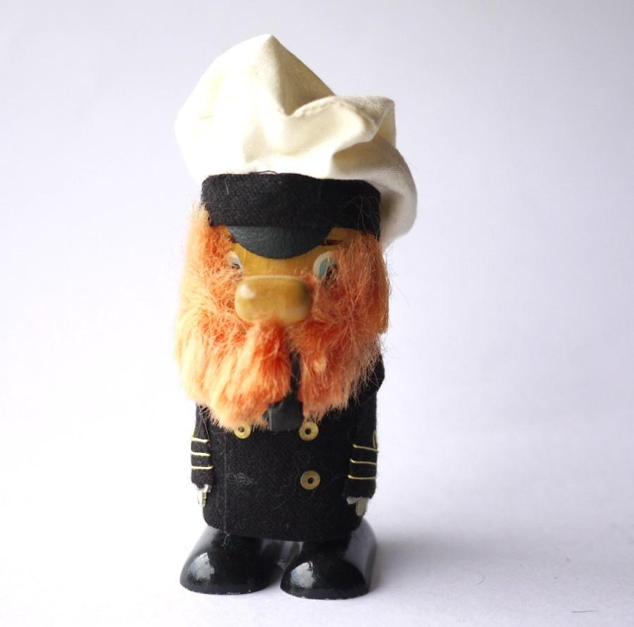 パイプをくわえた赤ヒゲ船長さん エストニア木製人形 SALVOフィンランド北欧USSR
