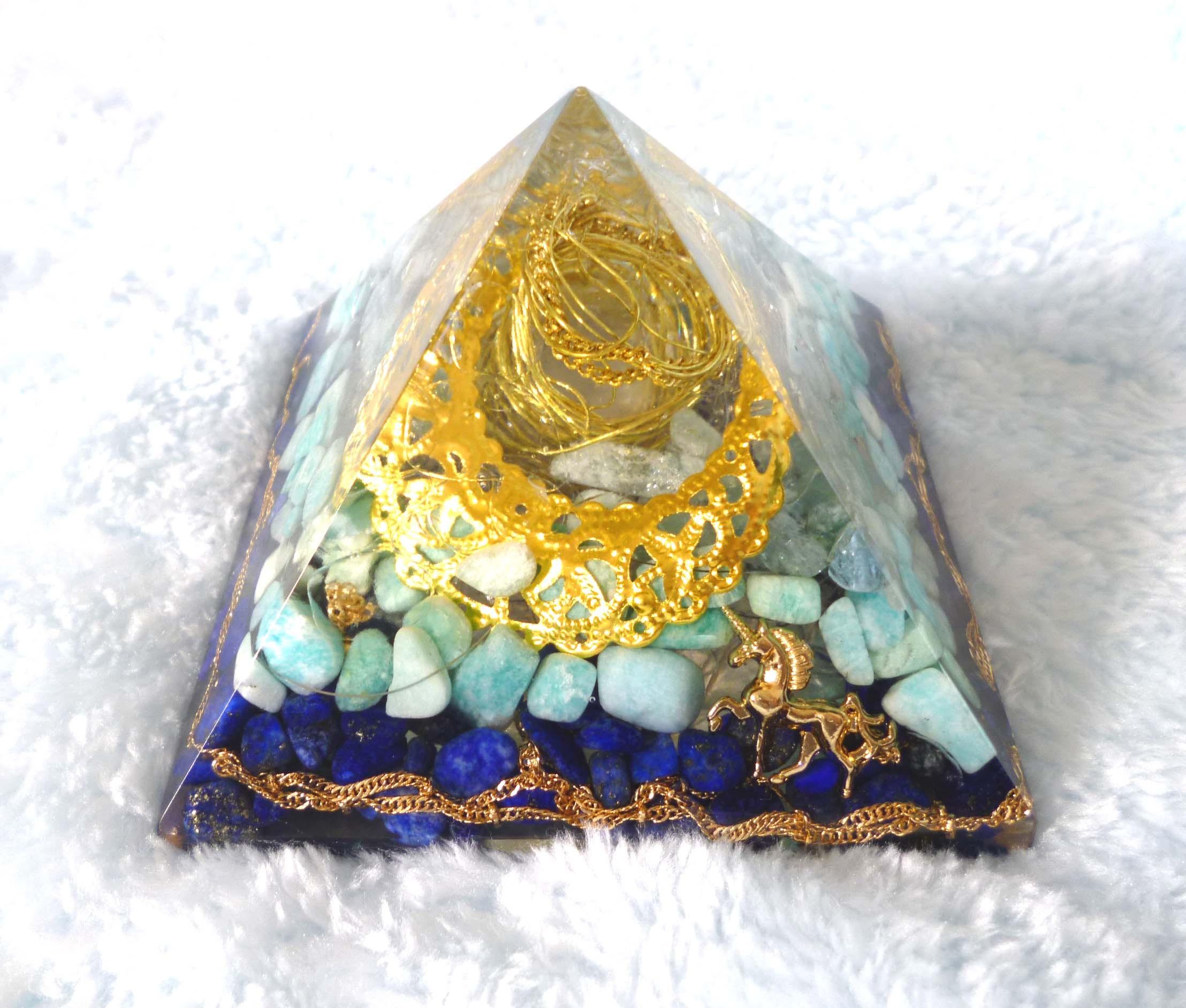 SALE☆創造 ピラミッド型オルゴナイト