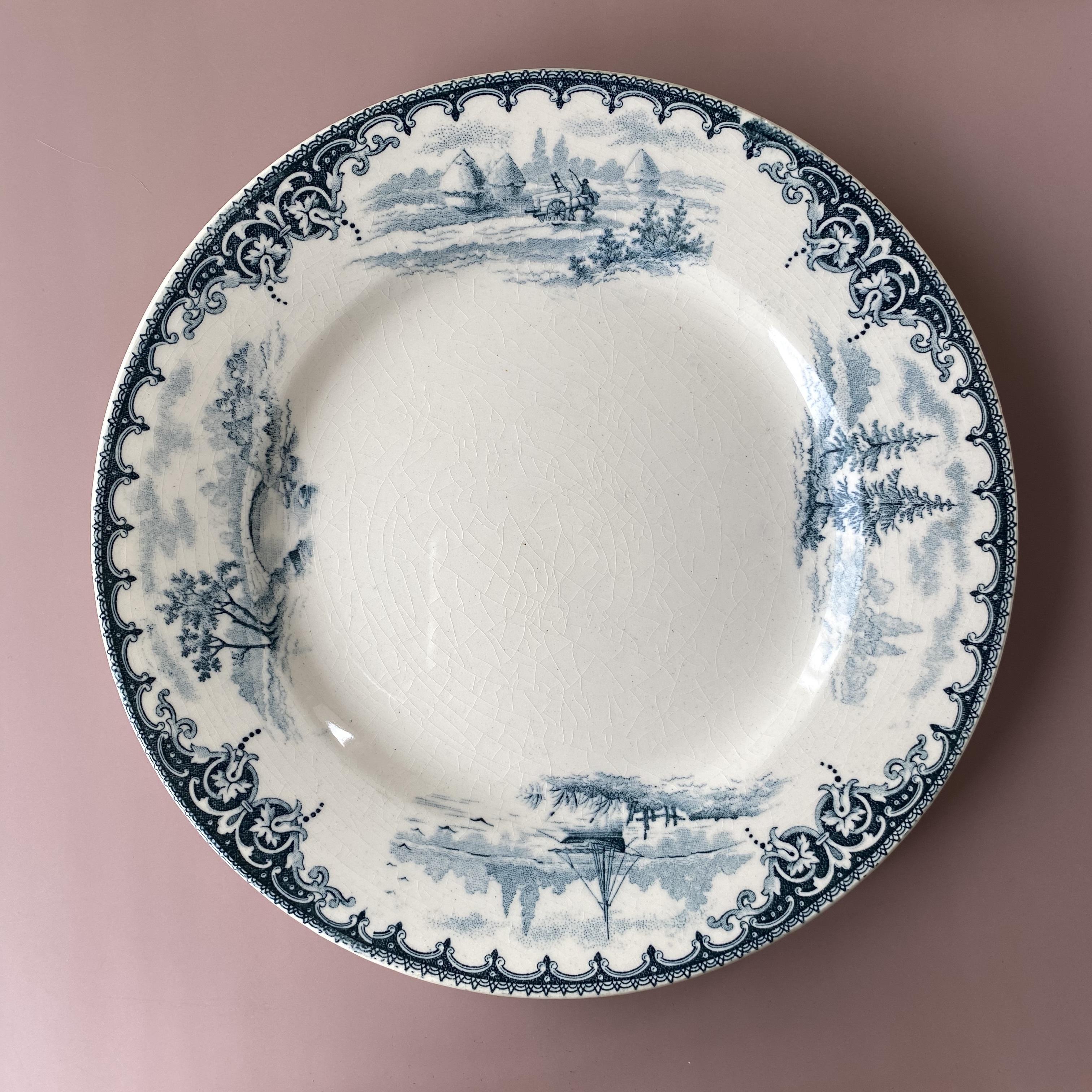 E.BOURGEOIS antique dessert plate1 /uv0007