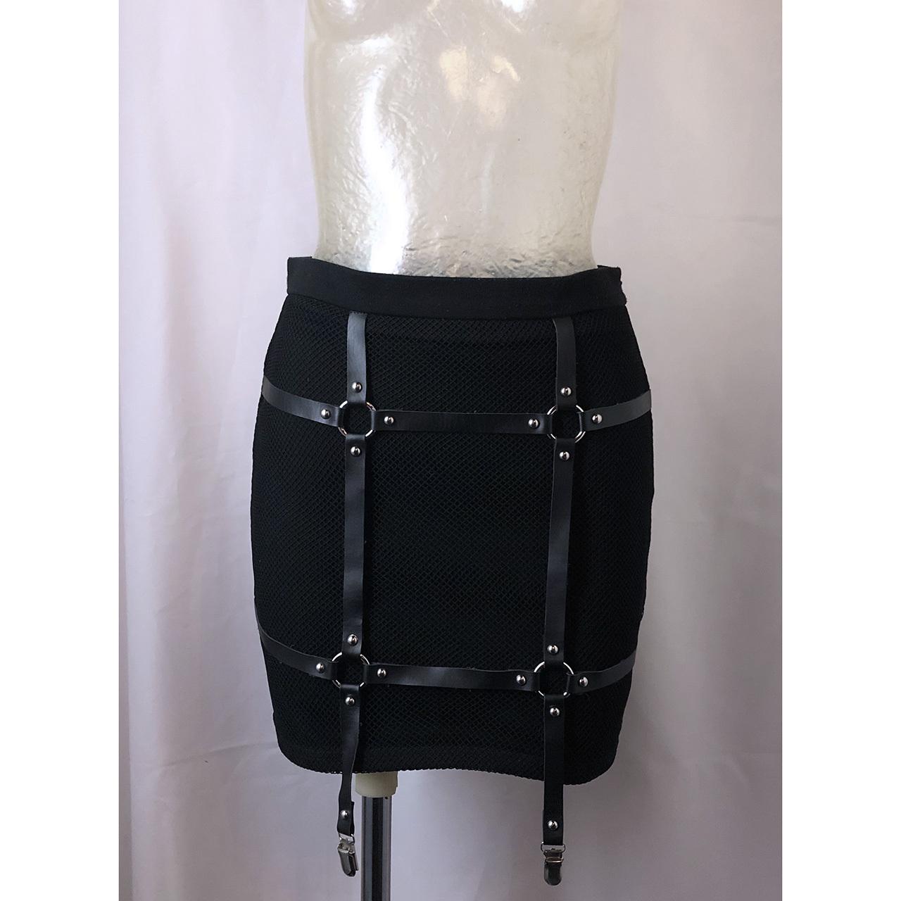 拘束スカート
