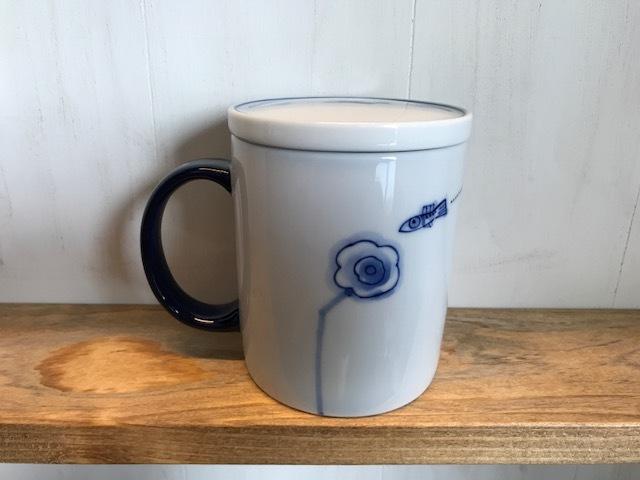 ヨジュの陶芸作家のフタ付きマグカップ