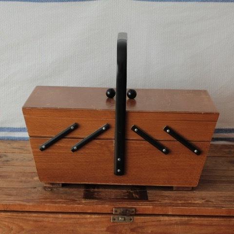 ドイツ ヴィンテージ 裁縫箱 ソーイングボックス