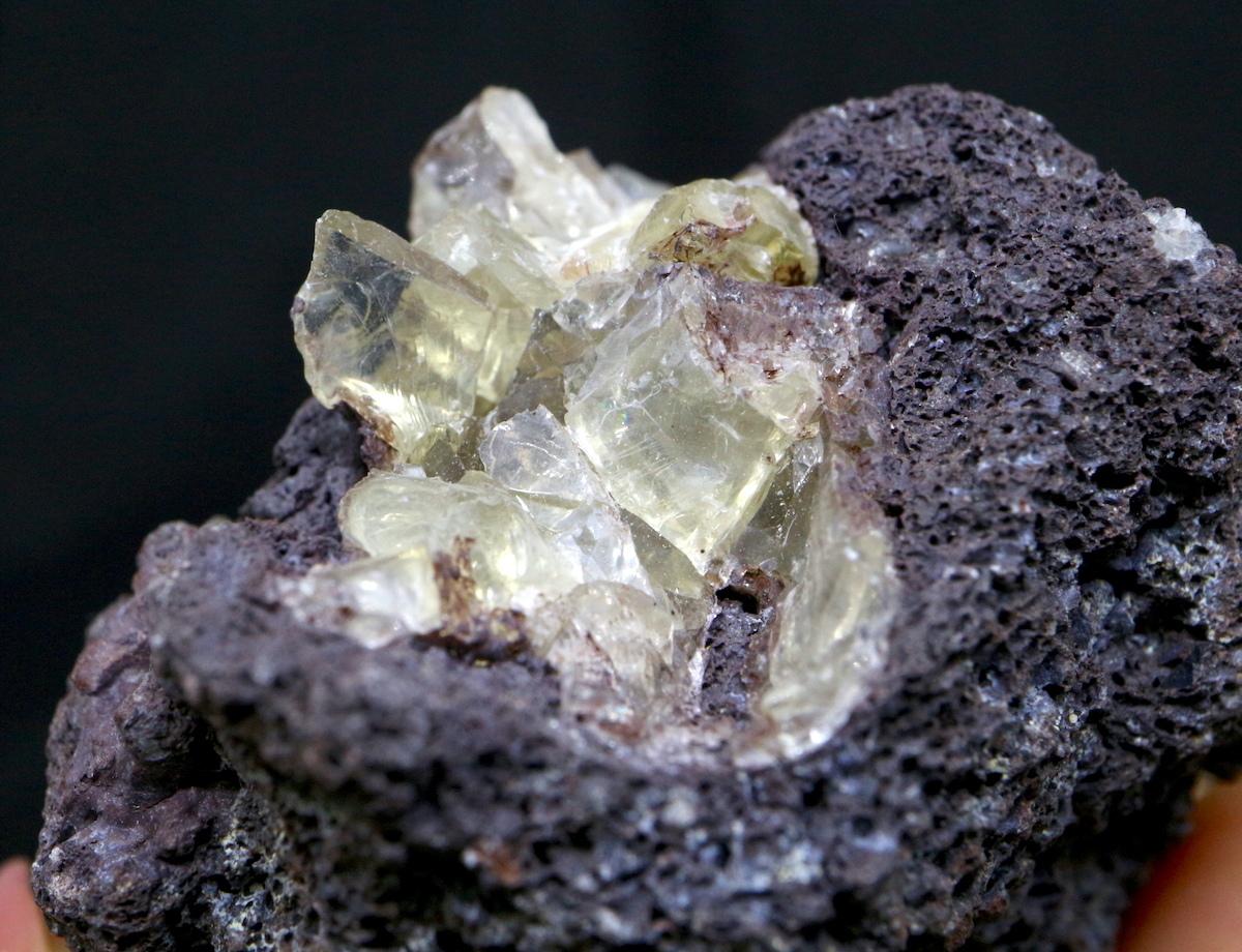 オレゴン サンストーン  母岩付き 62,9g SUN047  鉱物 天然石 原石