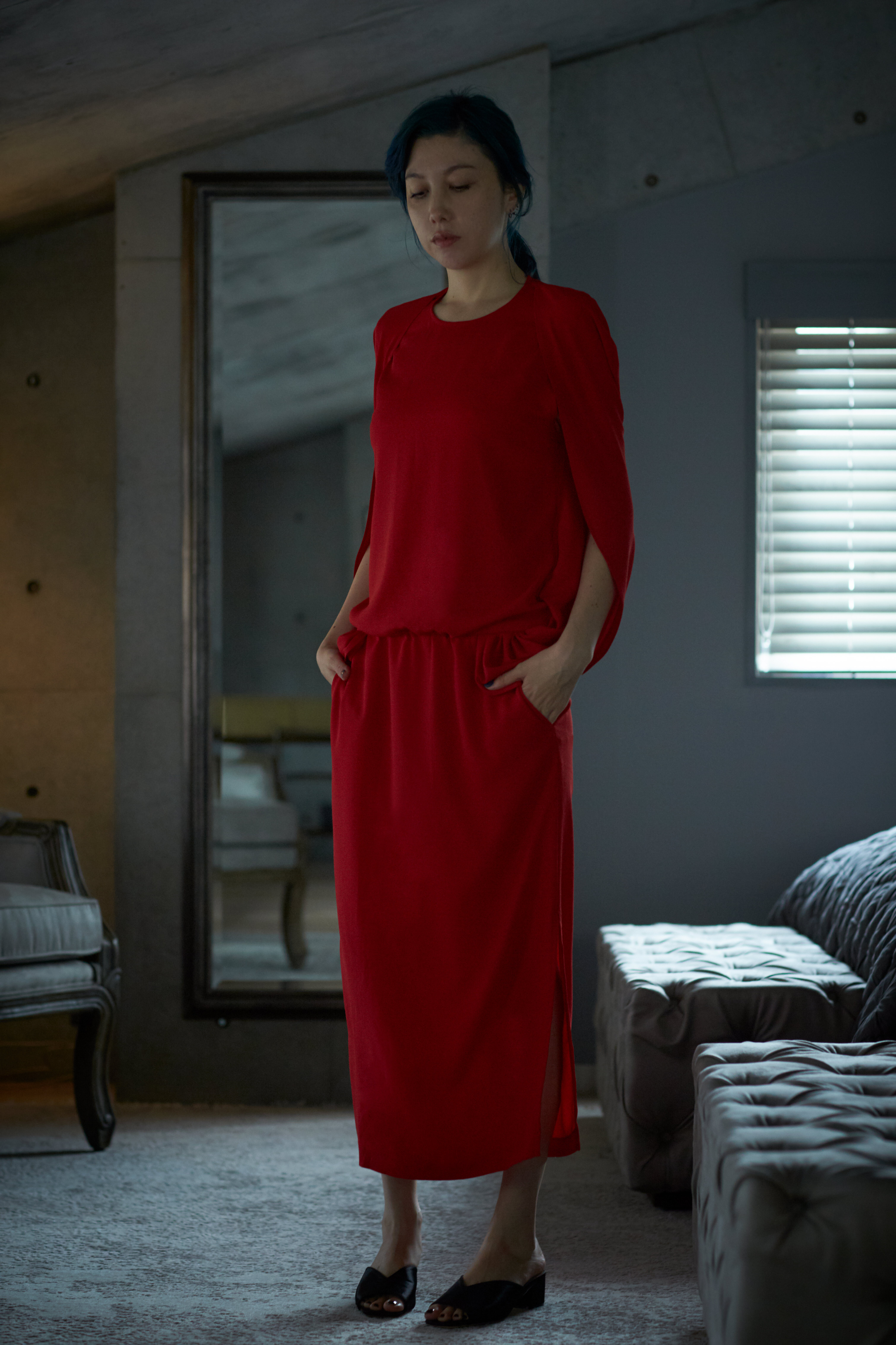 CAPE DRESS - RED