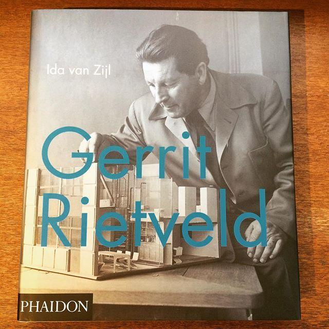 デザインの本「Gerrit Rietveld」 - 画像1