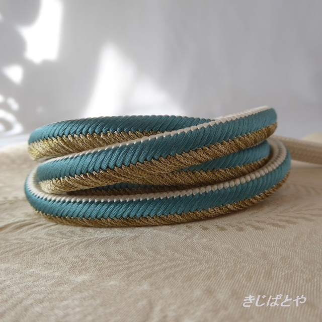 正絹 青磁と金の帯締め