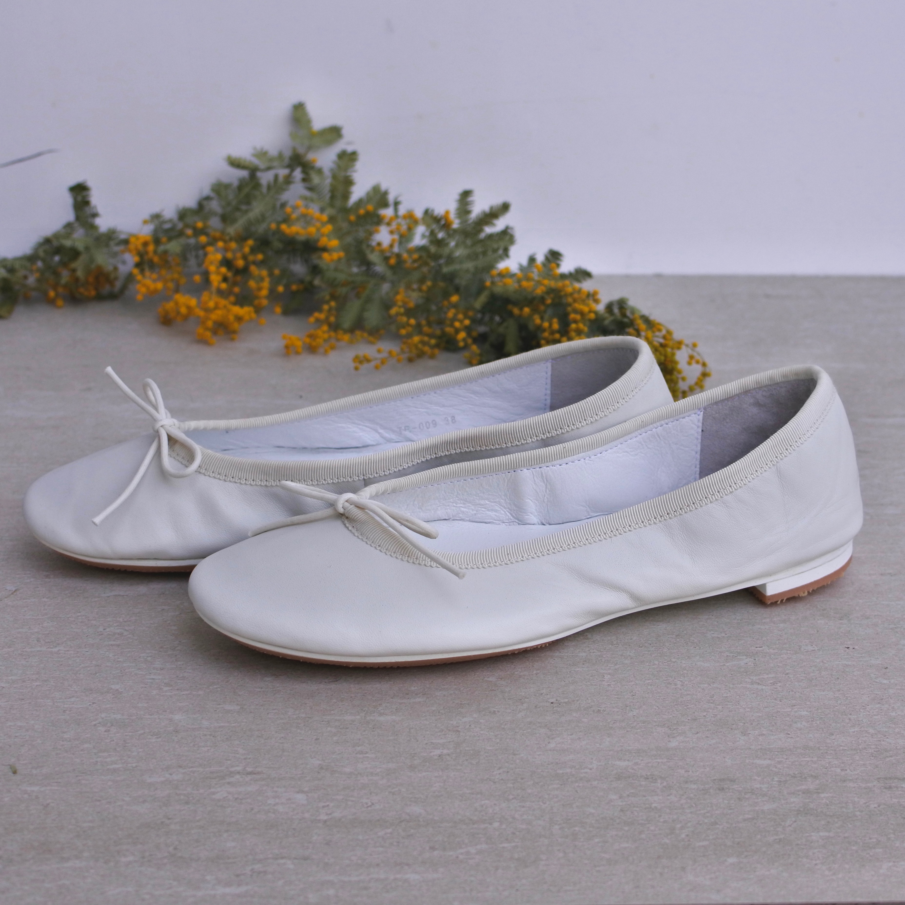 TRAVEL SHOES by chausser /フラットパンプス バレエシューズ