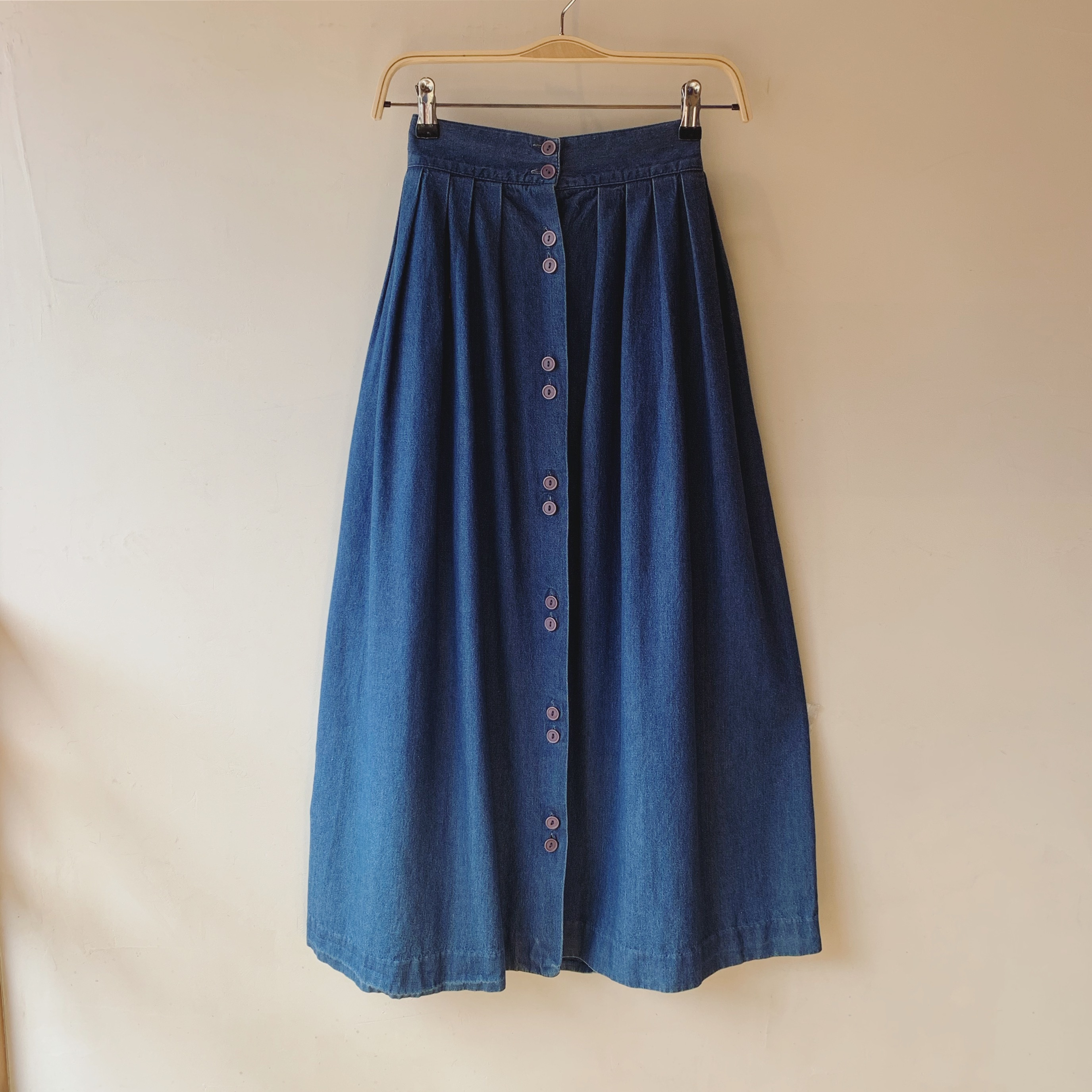 vintage center button denim skirt