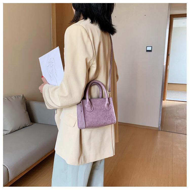 クロコショルダーバッグ 【Crocodile shoulder bag】