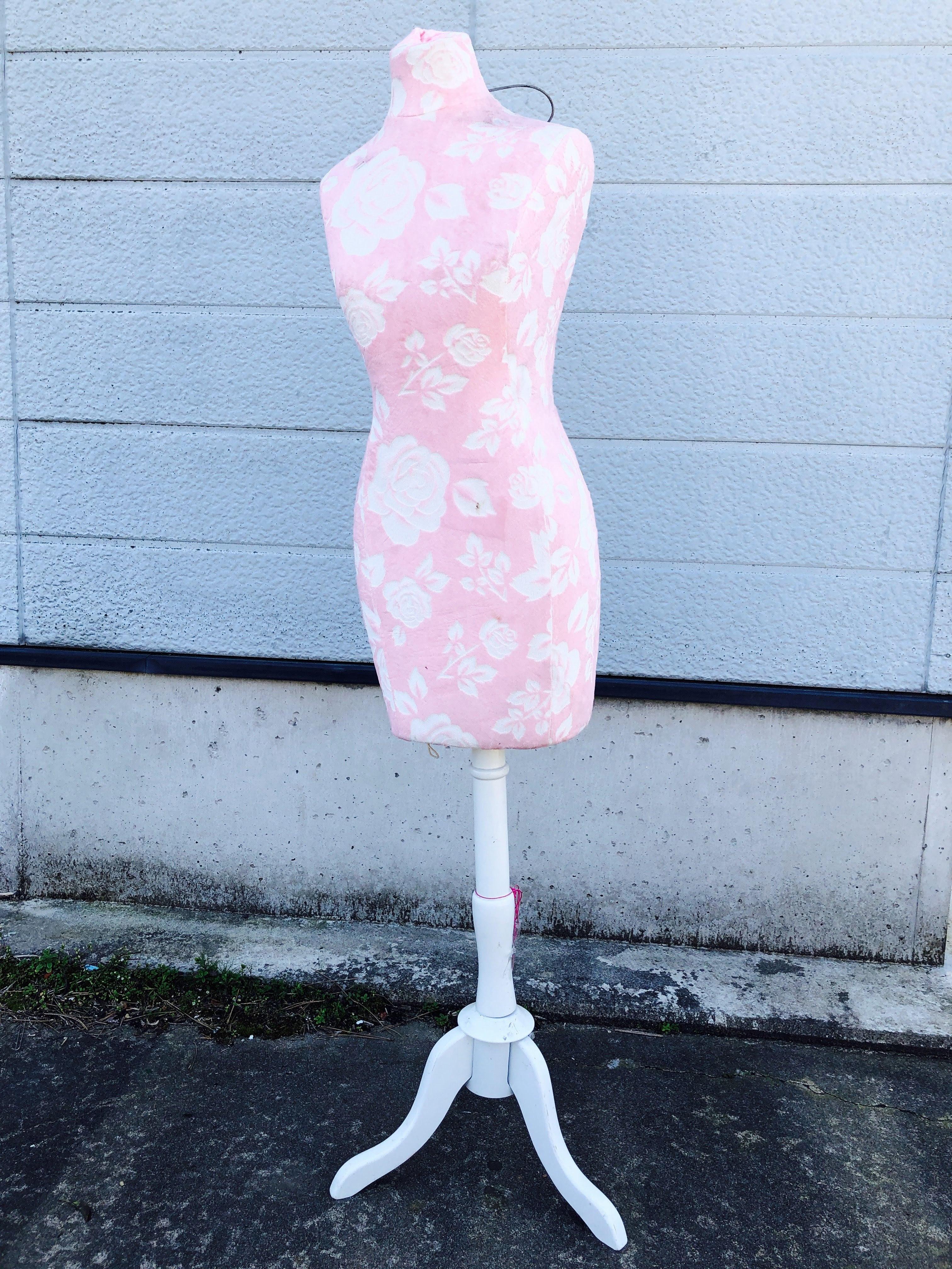 品番0884 トルソー マネキン ボディー ピンク 花柄 ディスプレイ アンティーク ヴィンテージ