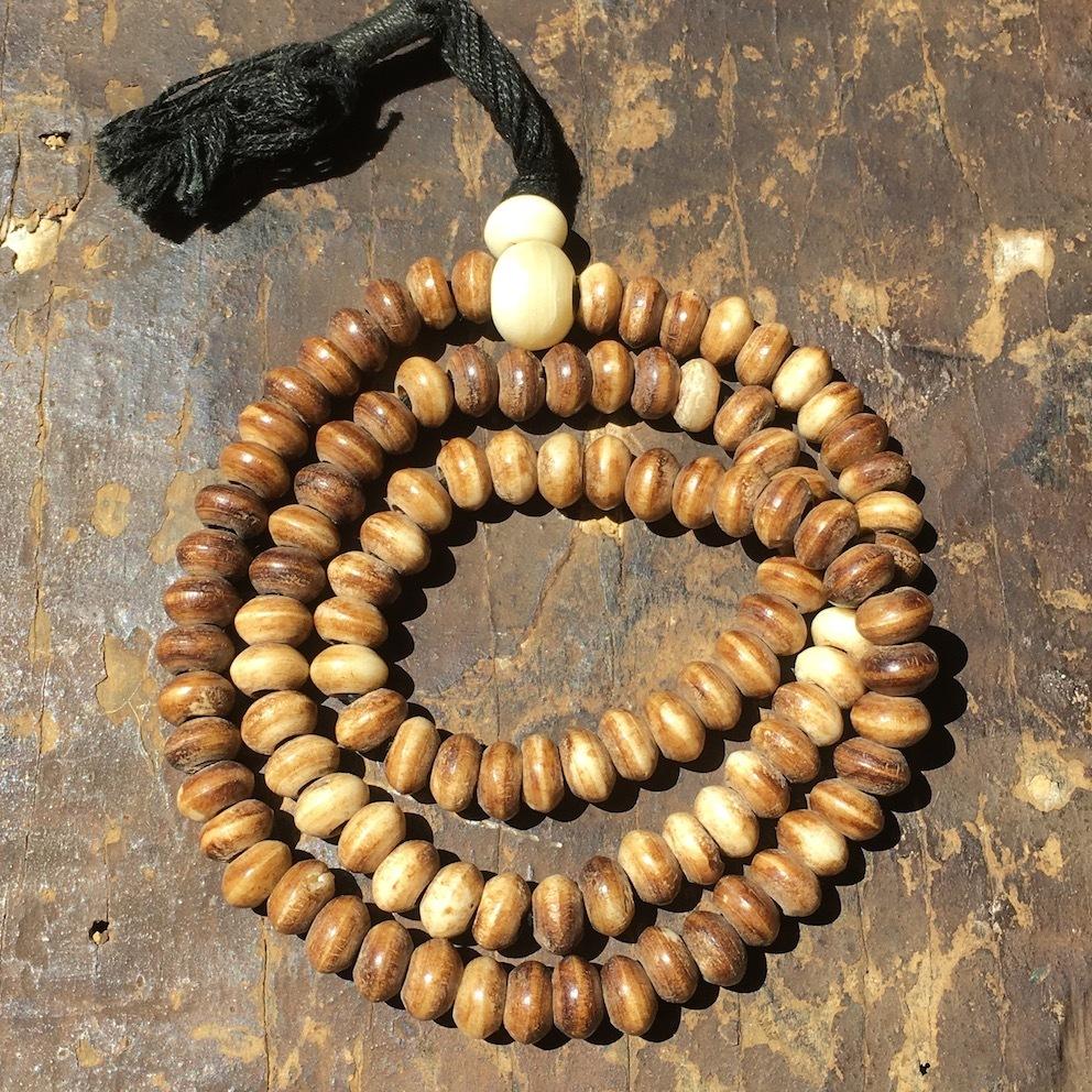 チベタン・ヤクマーラー(ヤクの骨の数珠)