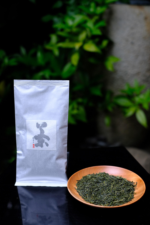 素朴な渋味 【大川大間】 煎茶 《静岡産》