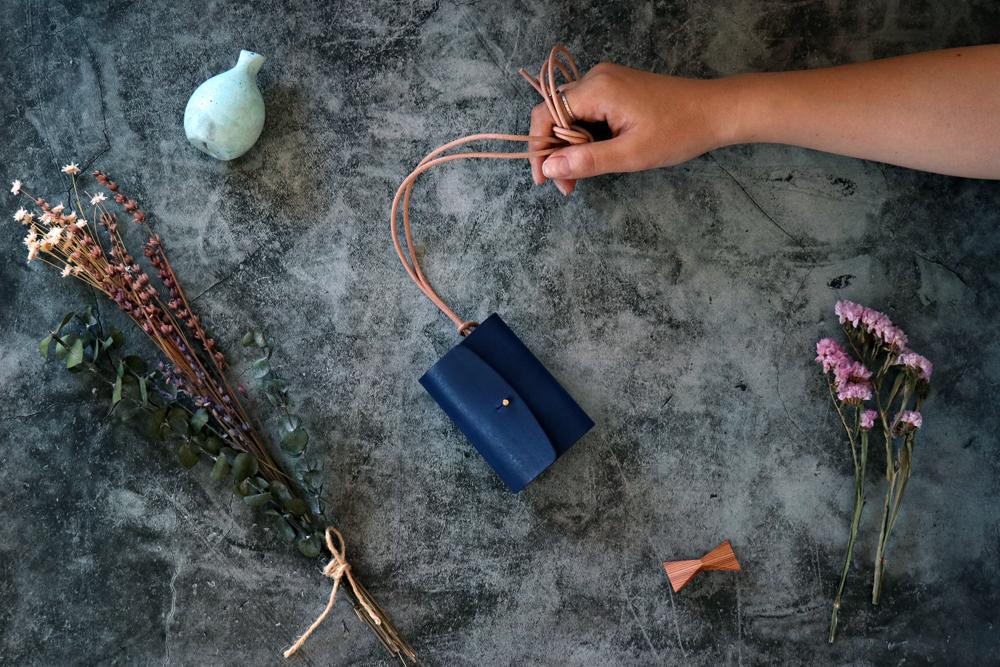 オールド イングランド_ロイヤルブルー◆外装◆あかちゃん財布◆三つ折り