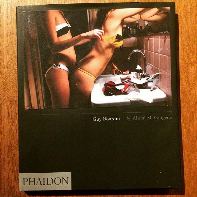 写真集「Guy Bourdin」 - 画像1