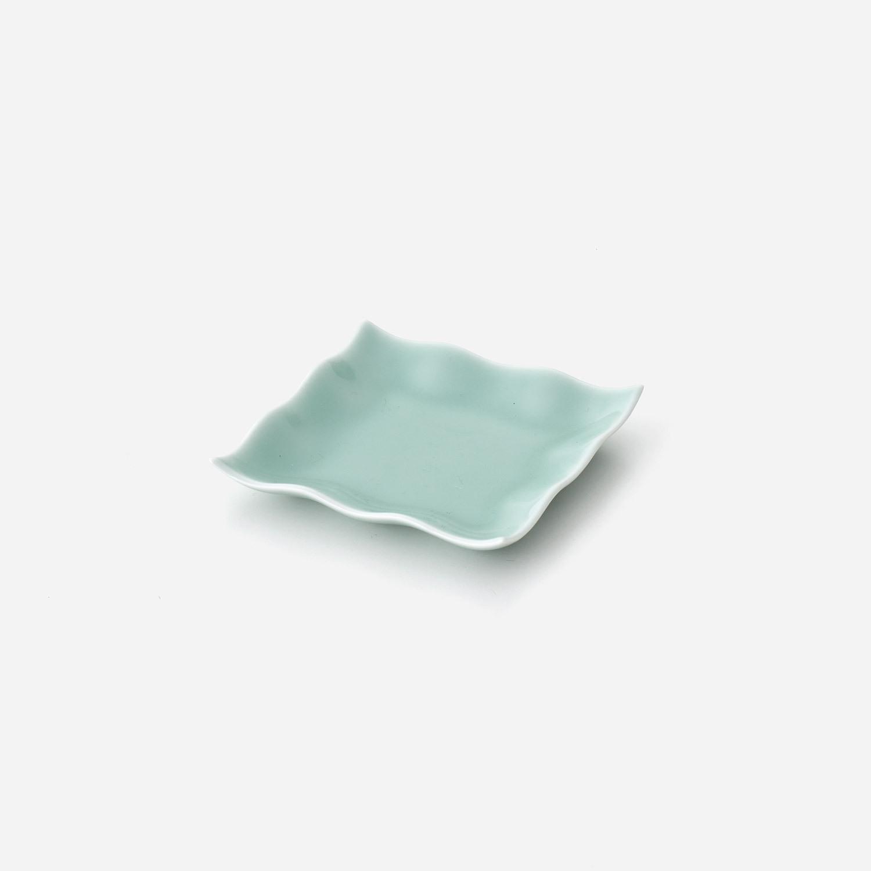 青白磁 四角小皿
