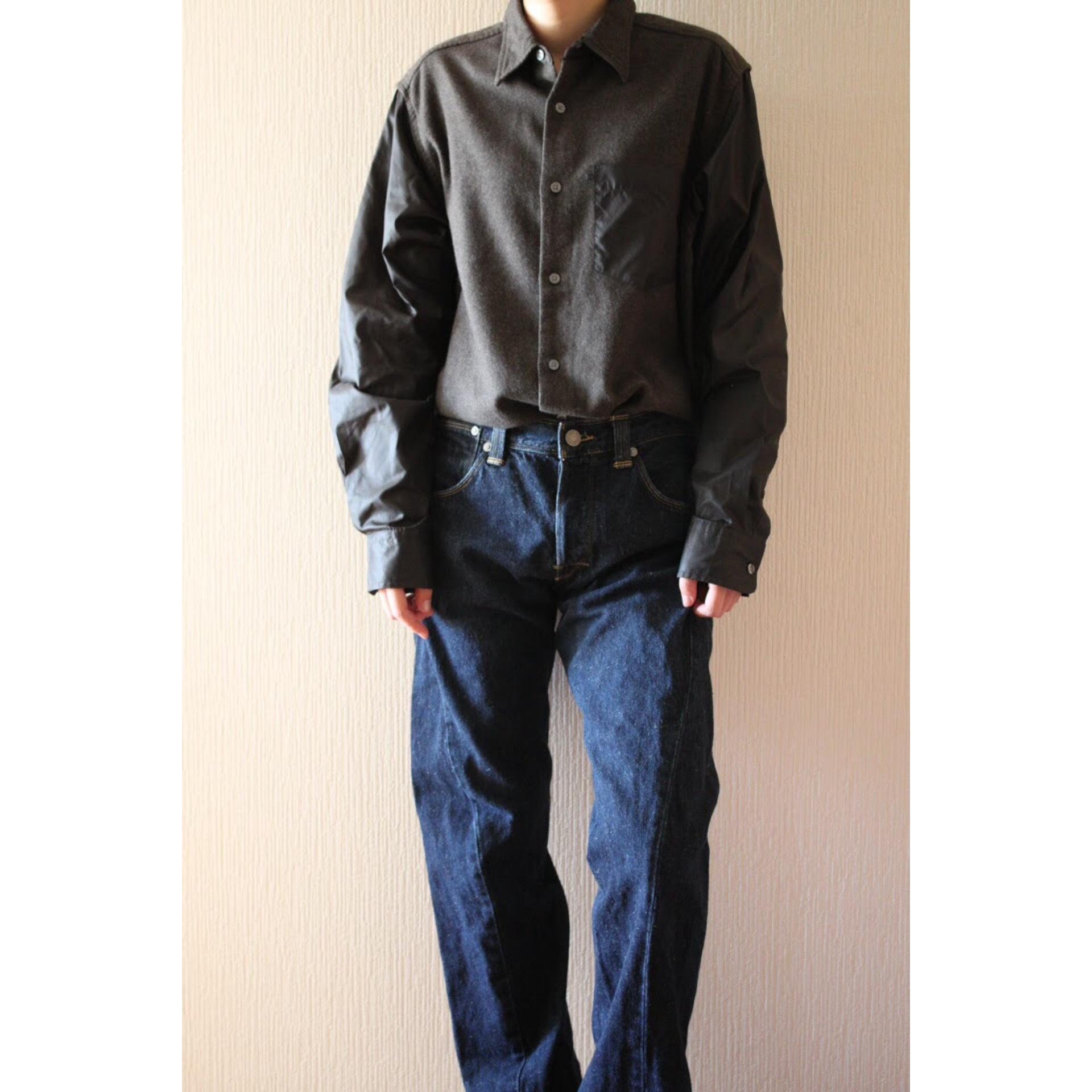 Vintage nylon sleeve shirt by DKNY