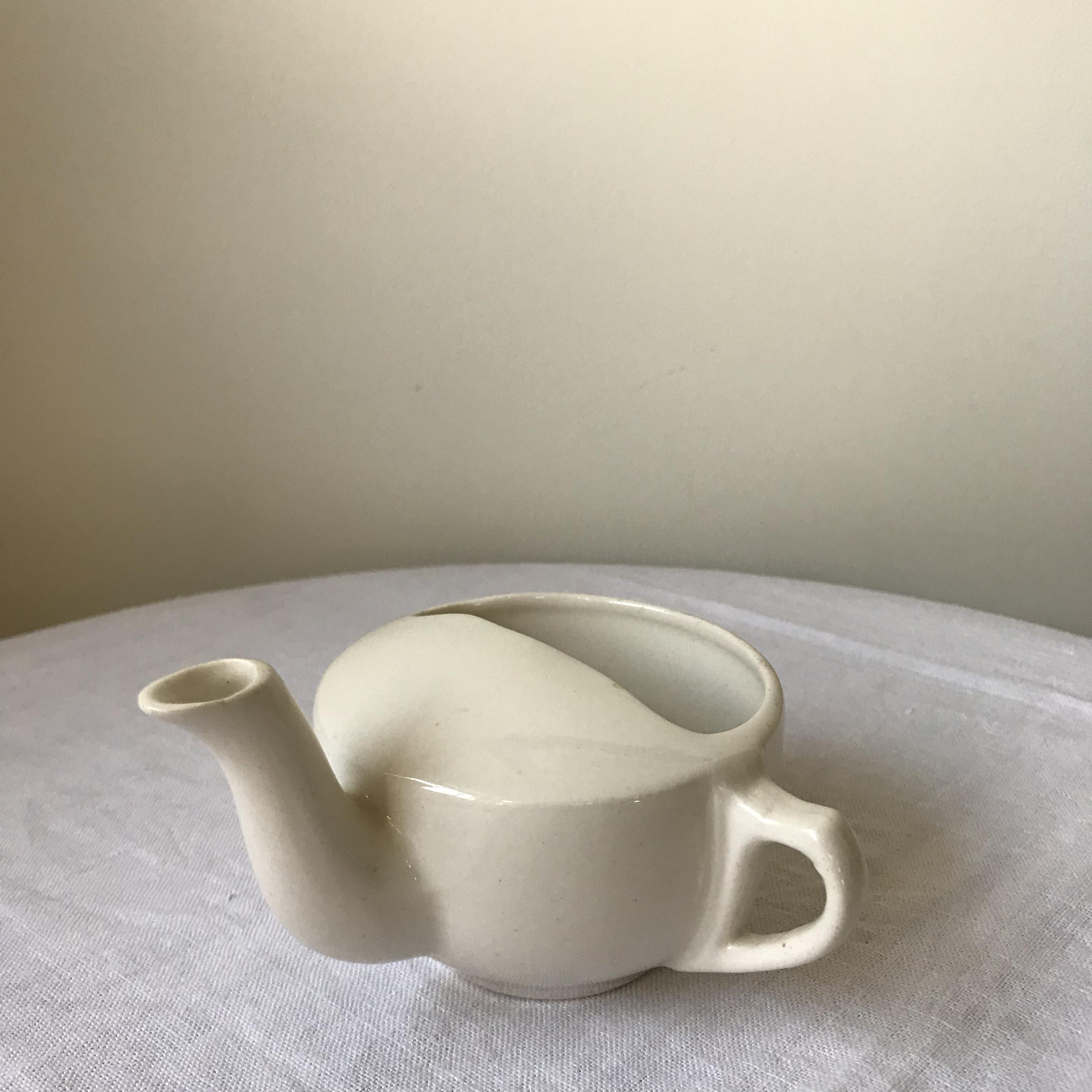 陶器の吸い飲み3