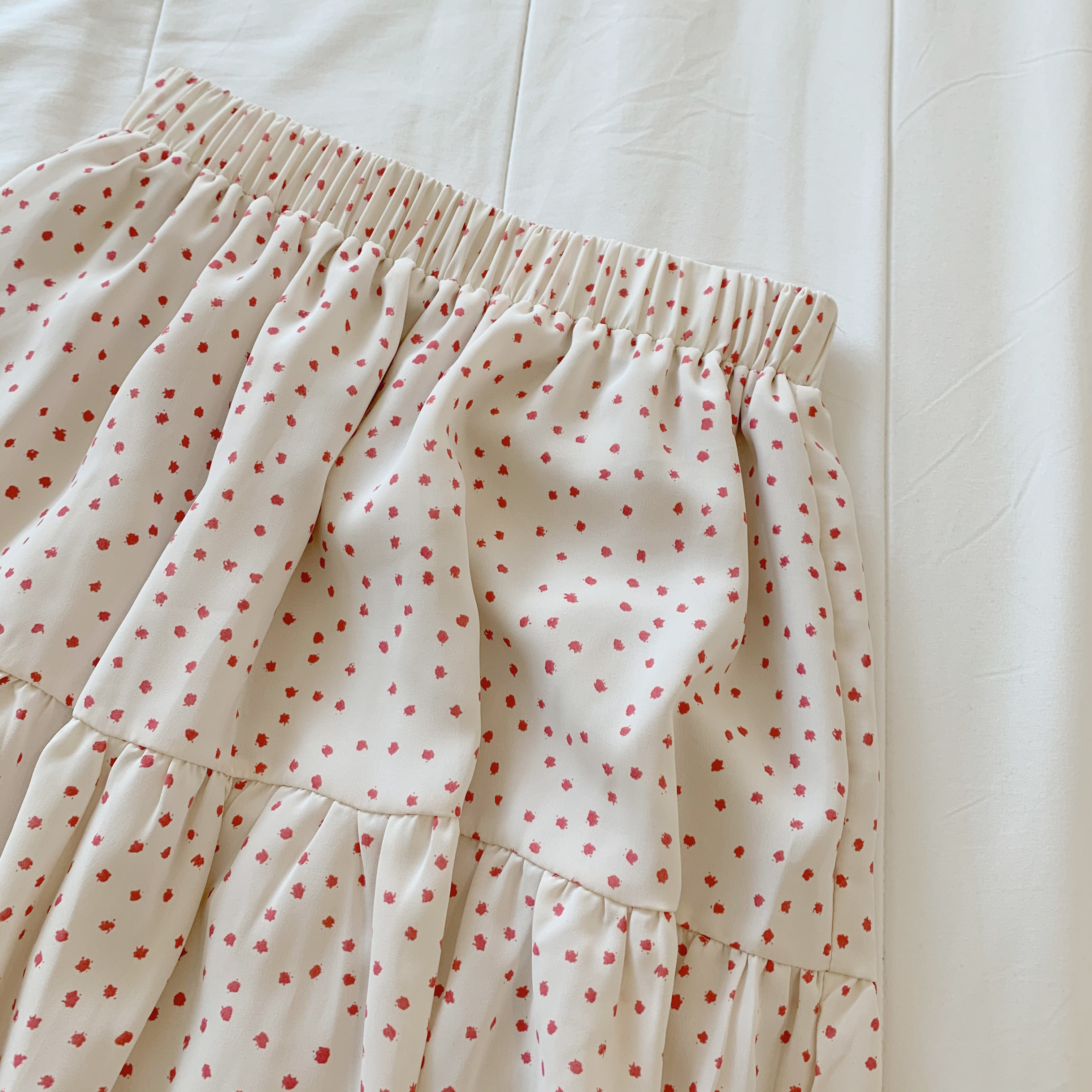 〈カフェシリーズ〉いちごミルクティアードスカート 【strawberry milk tiered skirt】