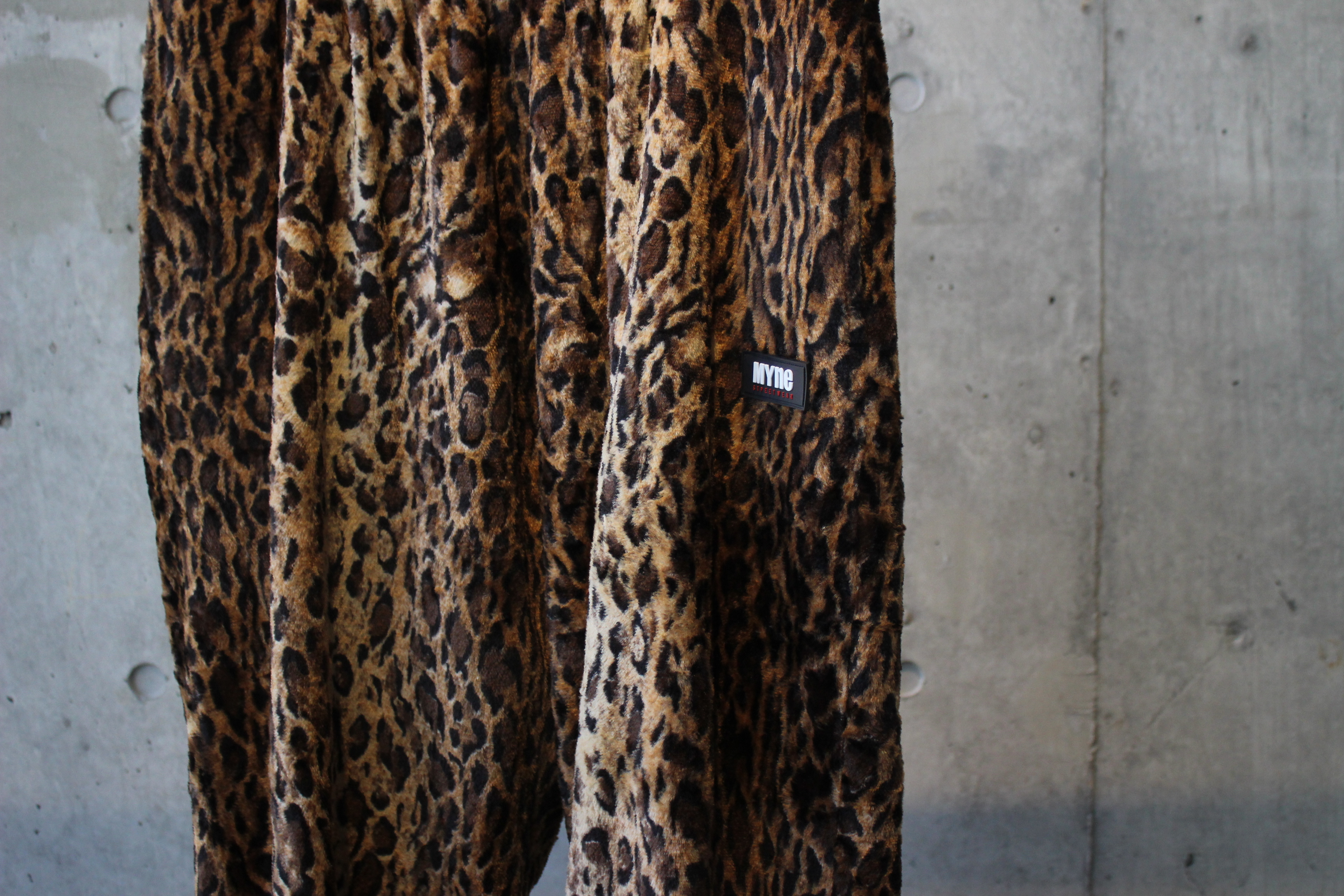LEOPARD TRACK PANTS / BROWN - 画像2