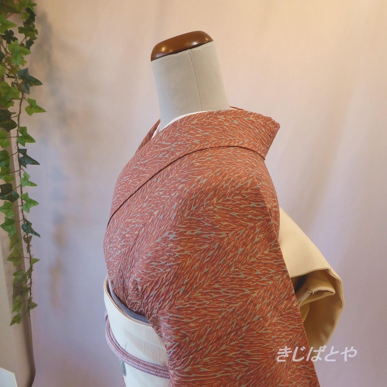 正絹 浅蘇芳に総絞りの小紋 胴抜き