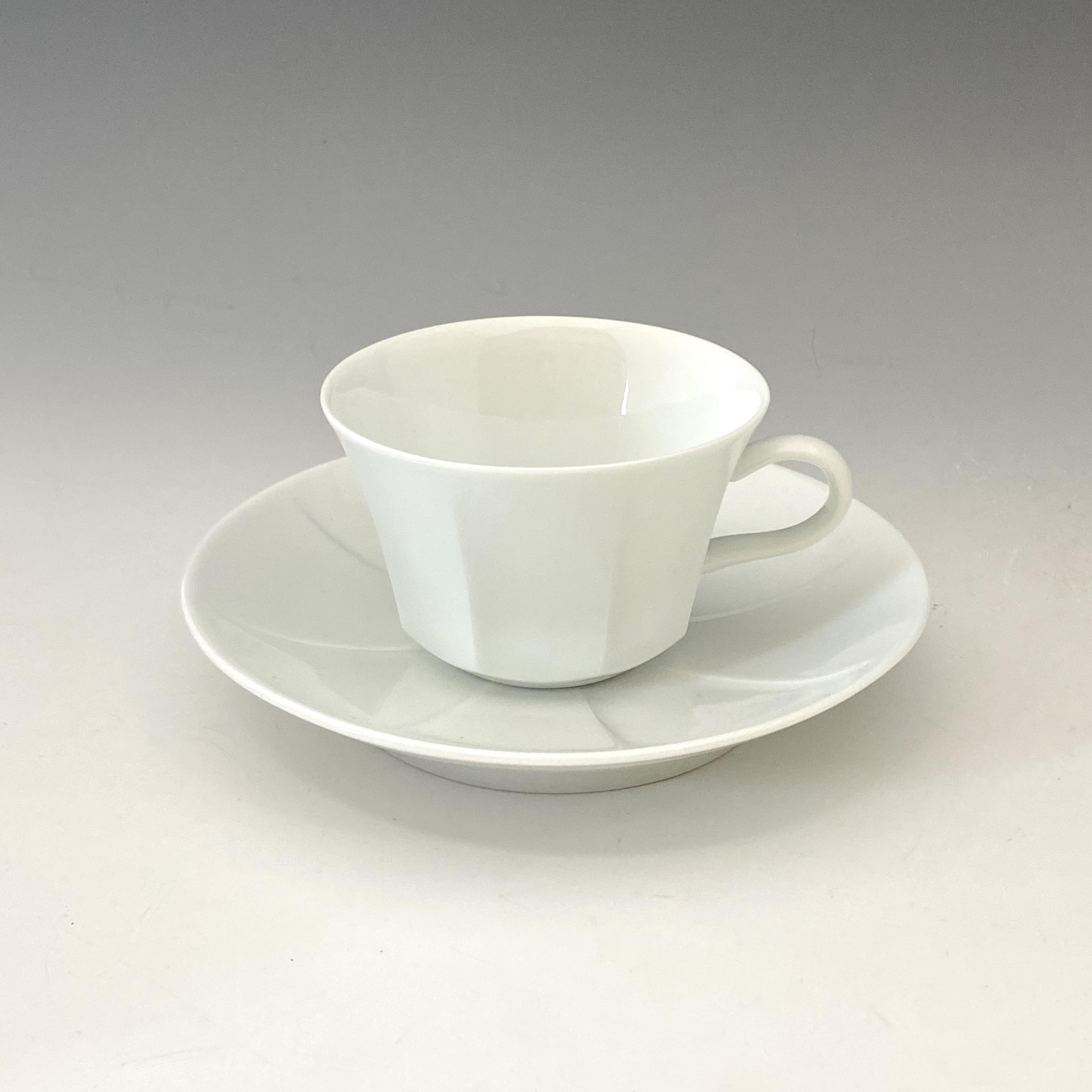 【中尾純】白磁紅茶碗皿(縦)