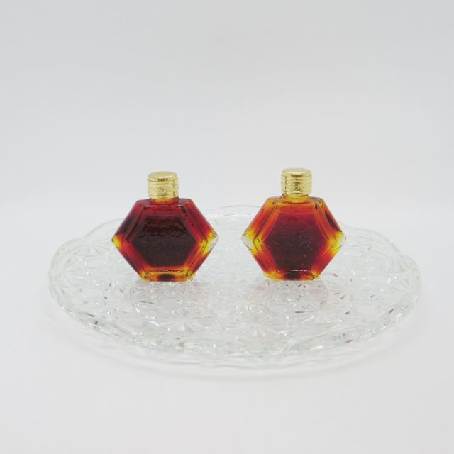 ボヘミアガラスの香水瓶::: 飴色
