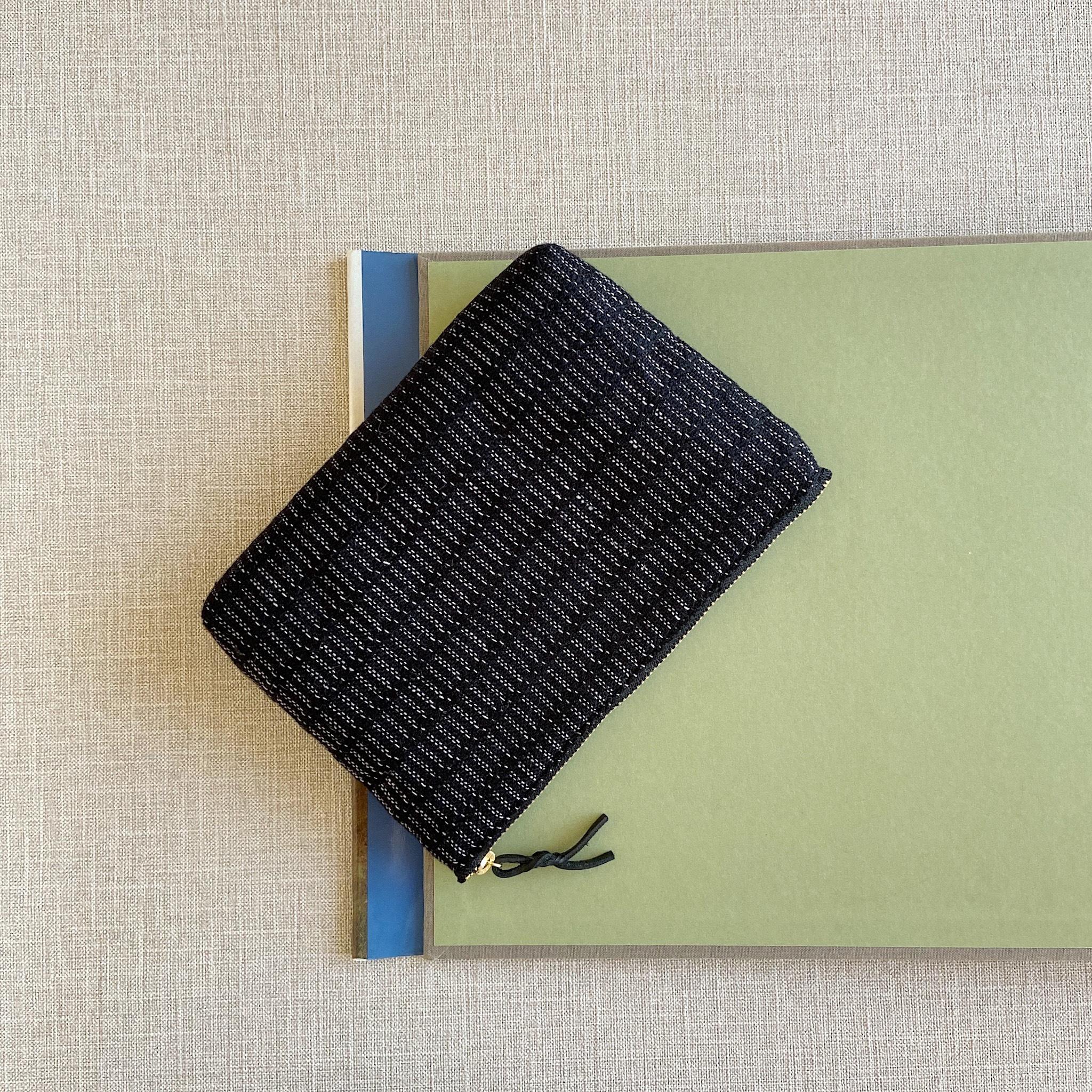 手織りメイクポーチ (Make up bag Black Alinea)