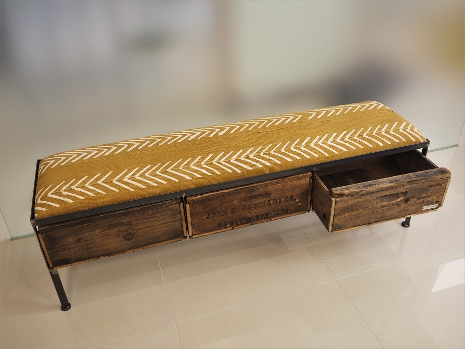 品番UAY3-101 3 drawer ottoman [African Yellow mud cloth]