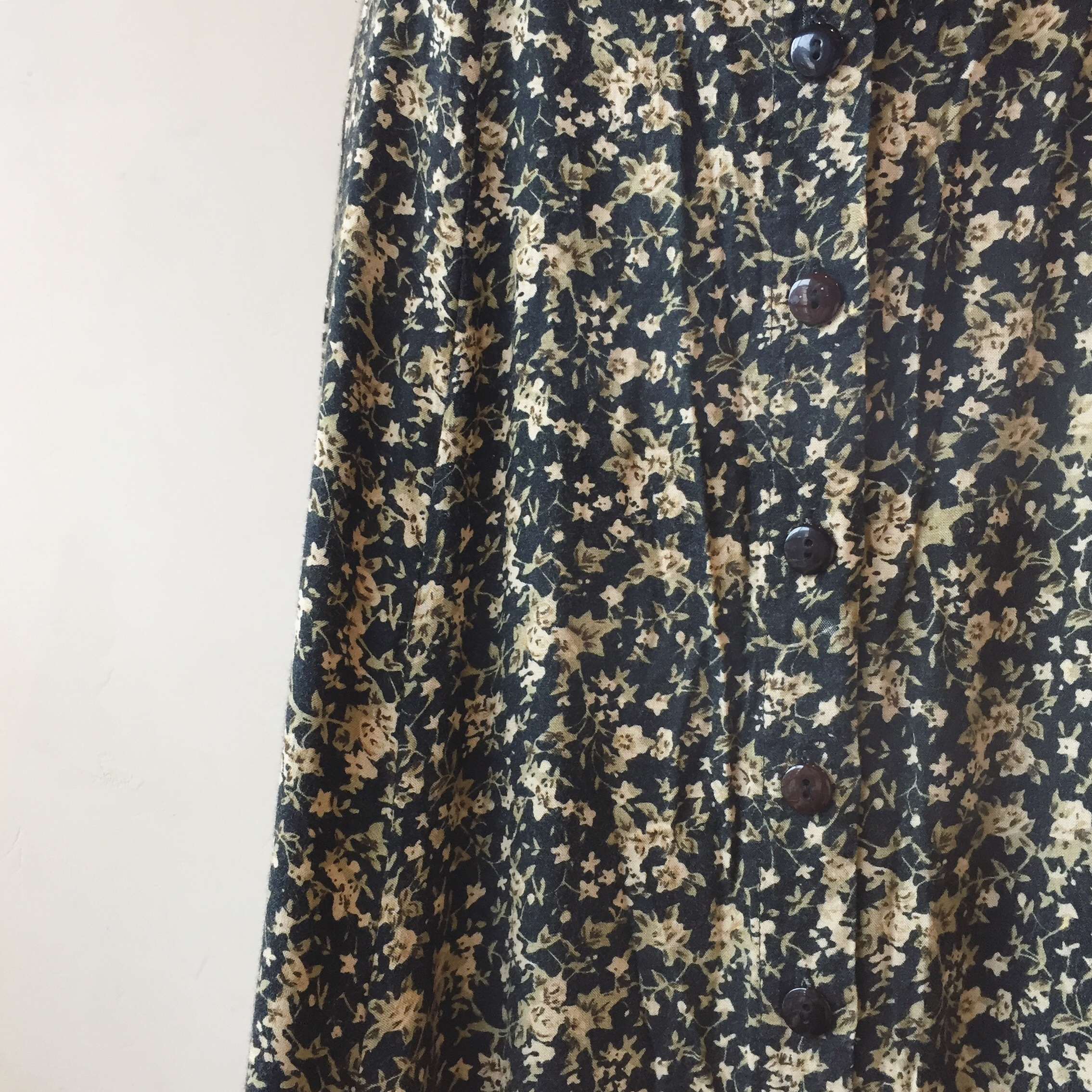 vintage button rayon skirt