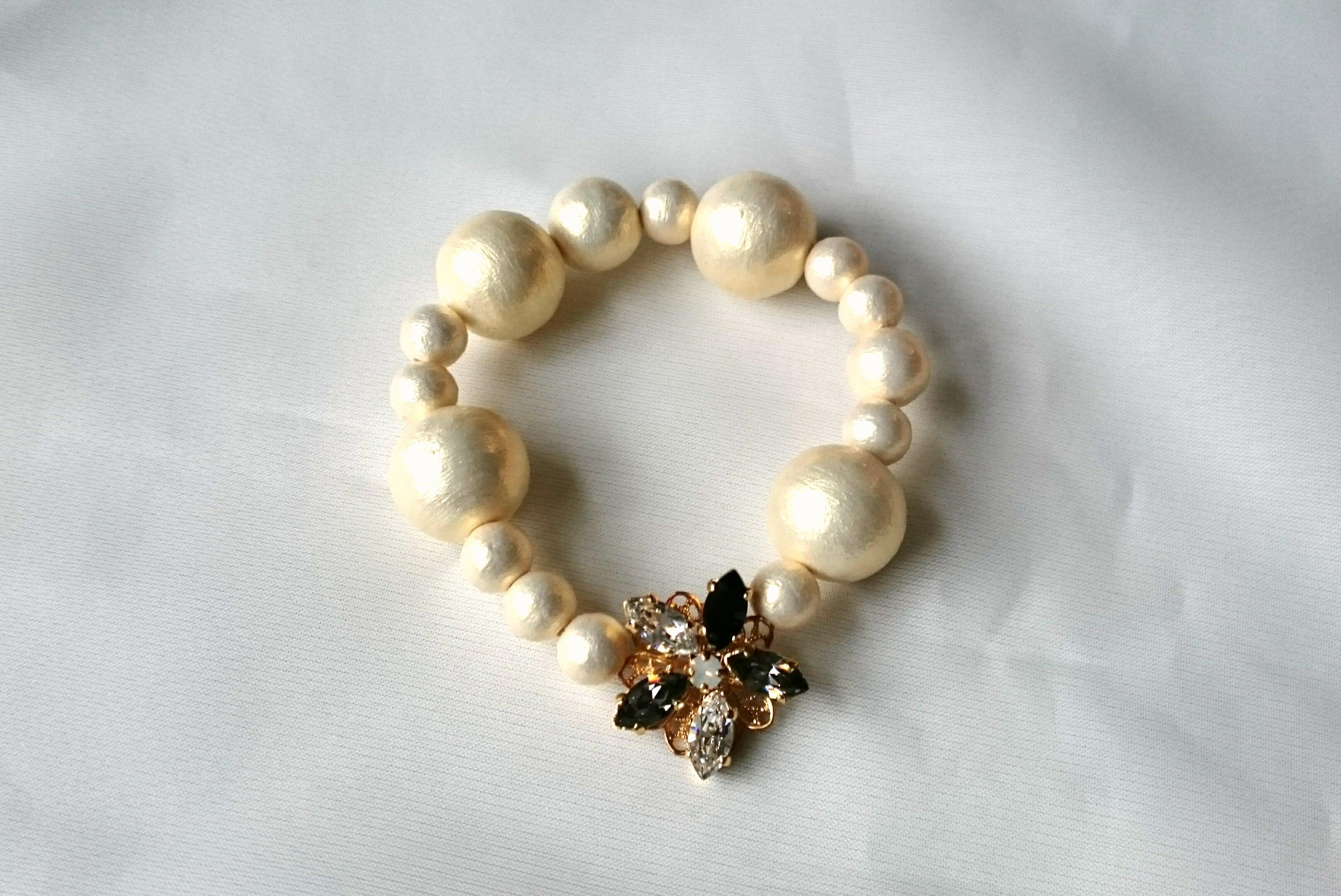 【再販】flower bijou with cotton pearl bracelet