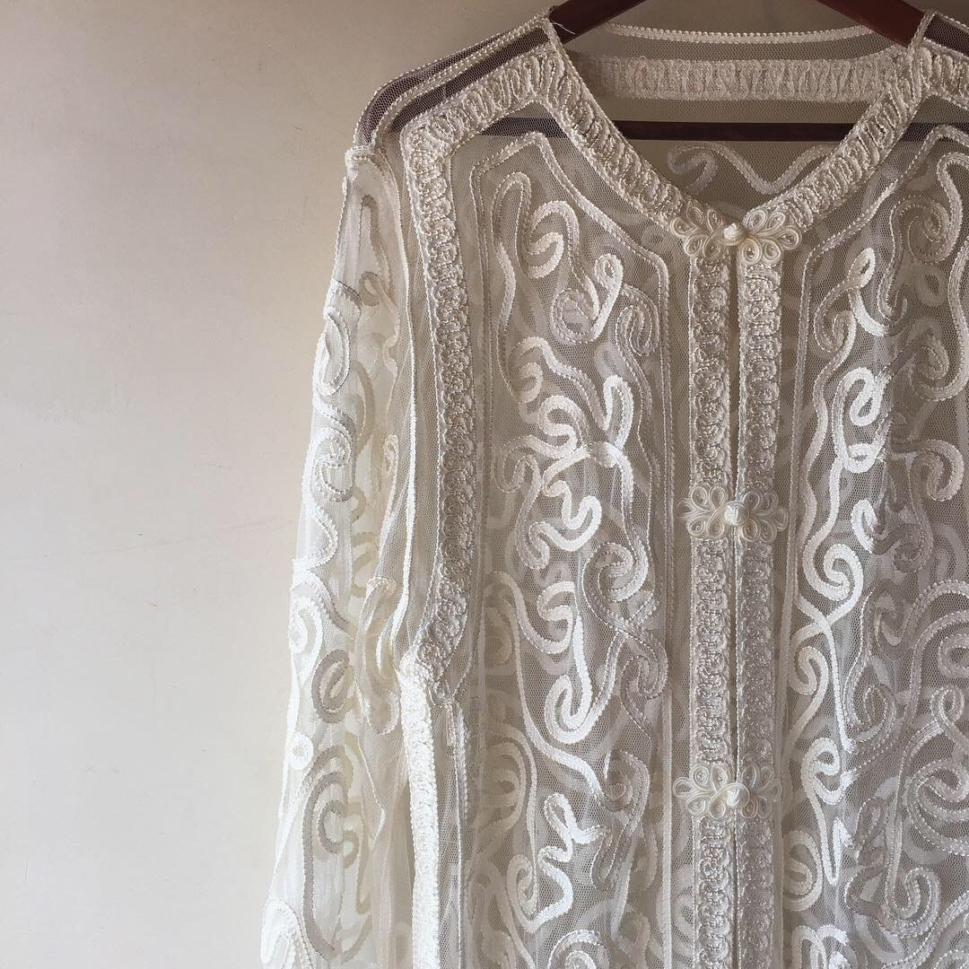 vintage china design lace tops