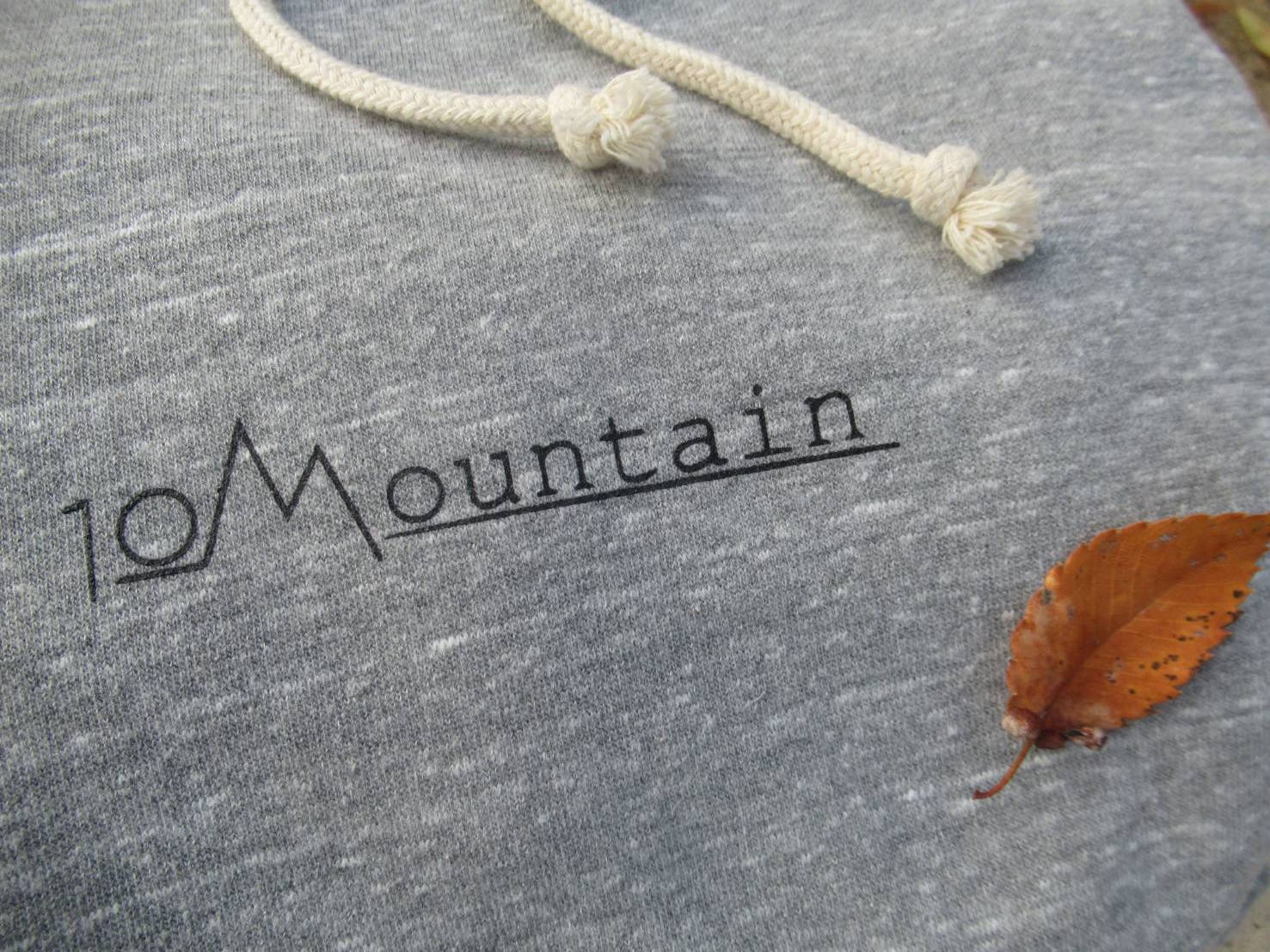 10Mountain LOGO プルパーカー