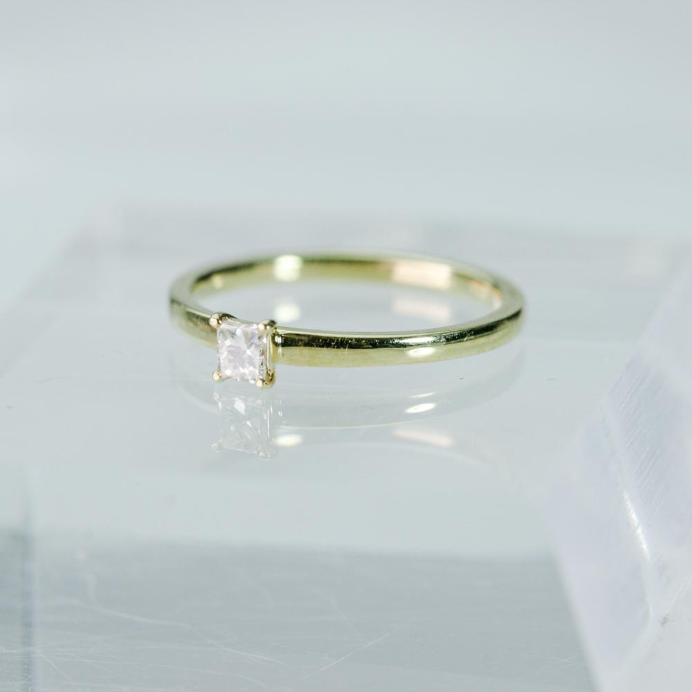 プリンセスカット ダイヤモンドリング K18