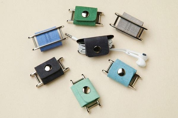 イヤホンコードホルダー □ブラック・シルバー□ イタリアンレザー earphone cord holder - 画像3