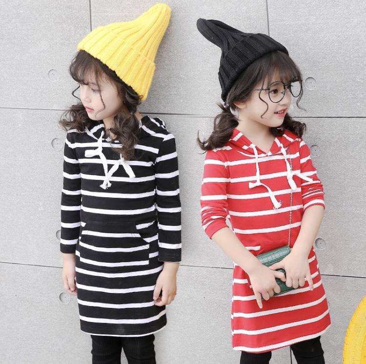 【予約販売】韓国子供服 フード付き ボーダーワンピース