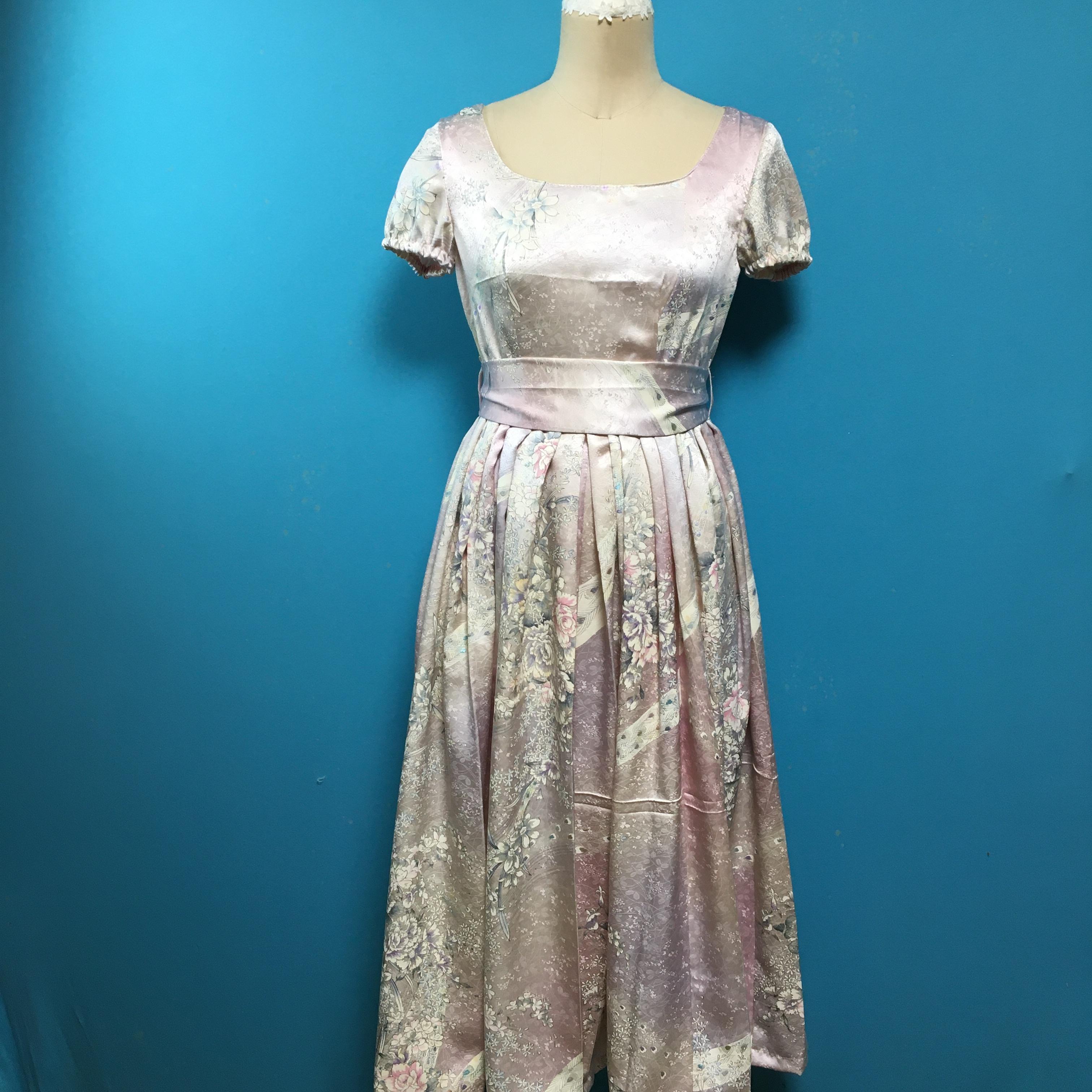 Vintage キラキラ桜色小紋のレトロワンピース