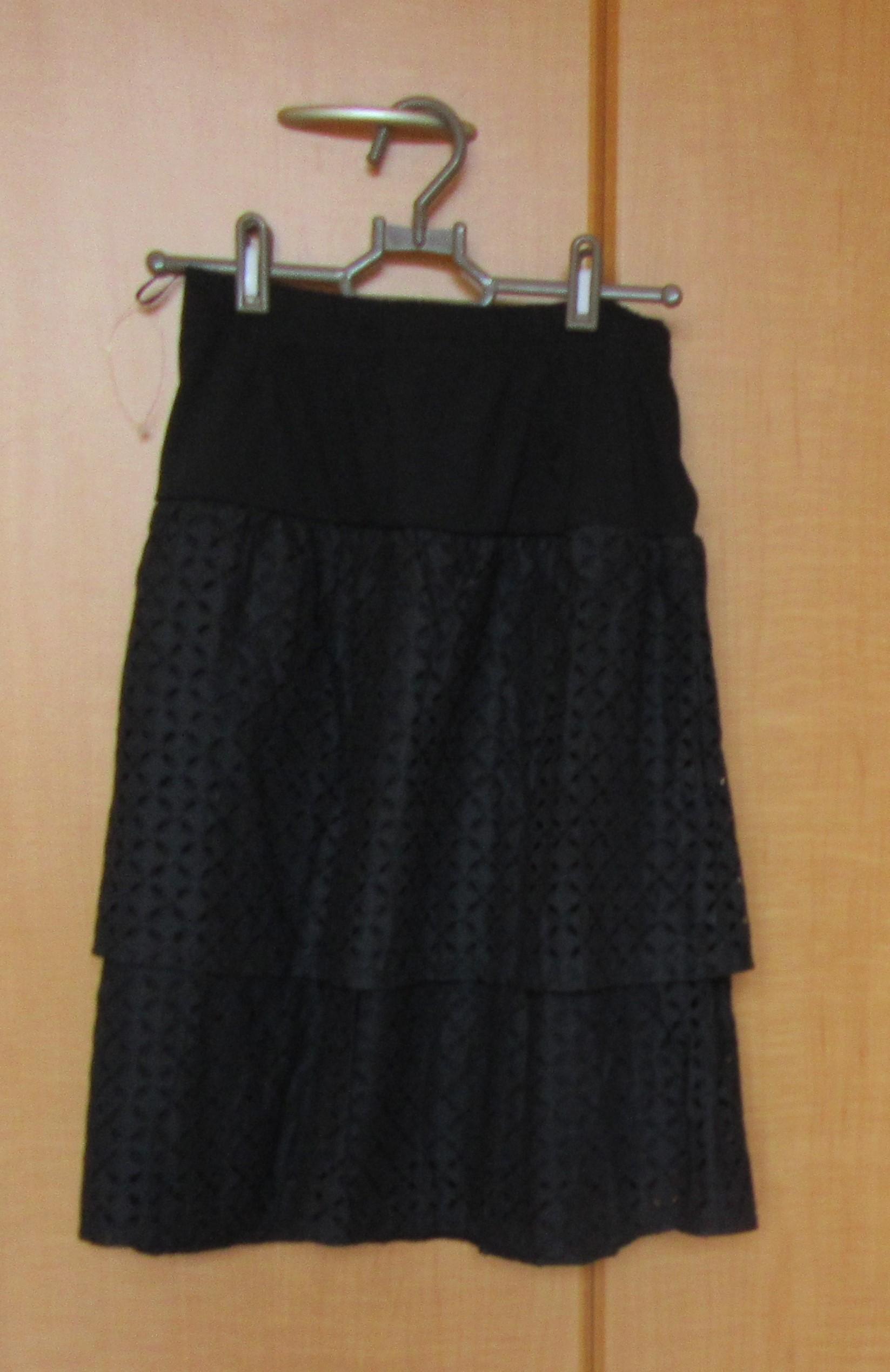ミニスカート ティアードフリル 黒 新品 Sサイズ