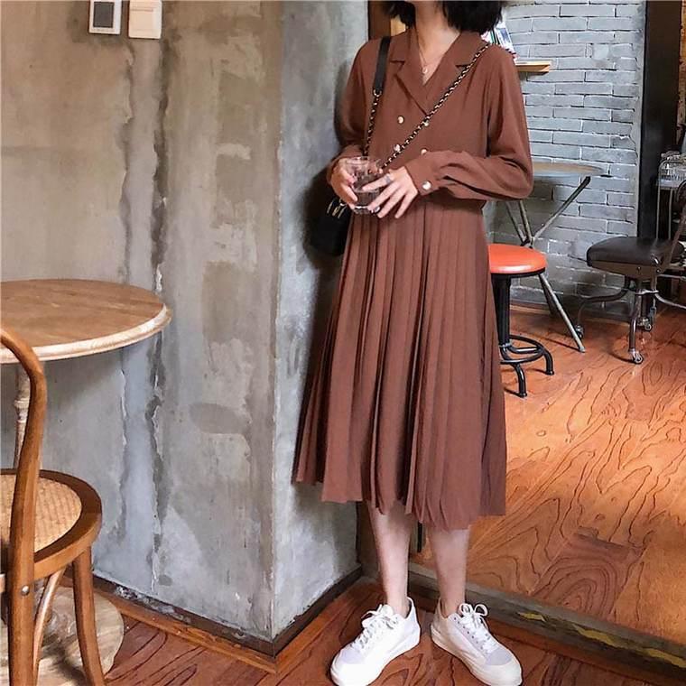 【送料無料】旬な レトロワンピ ♡ 大人可愛い 襟付き プリーツ ロング丈 ワンピース