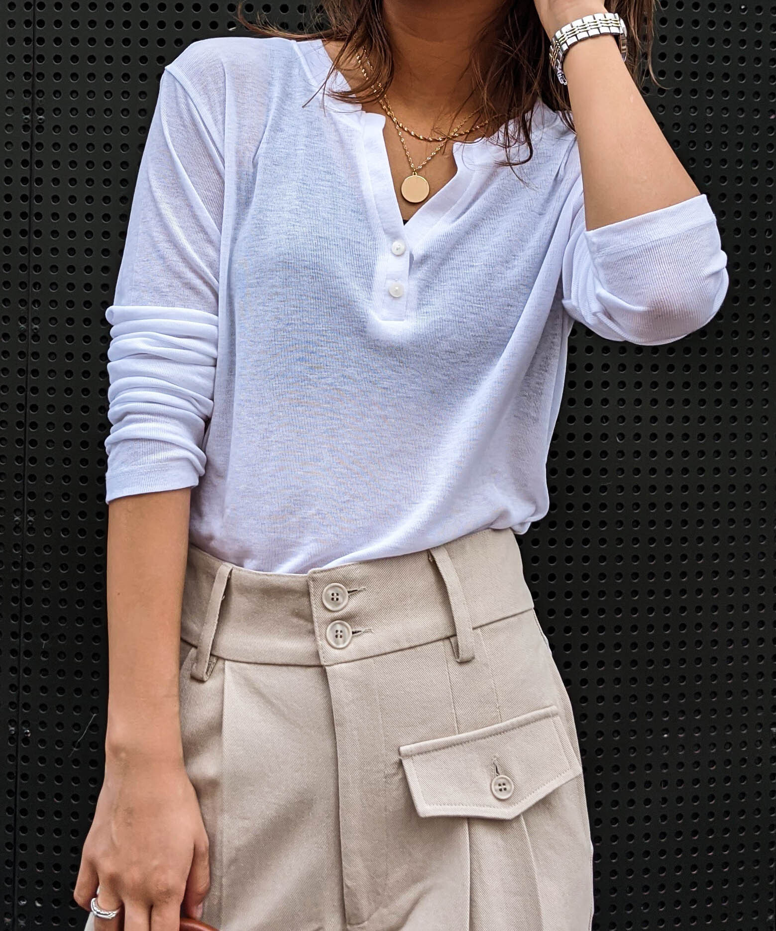 Front button loose long tee