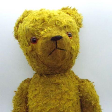 ぬいぐるみ::: 黄色のスマートなくま