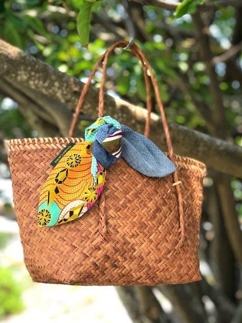 スカーフでドレスアップ Baliかごバッグ