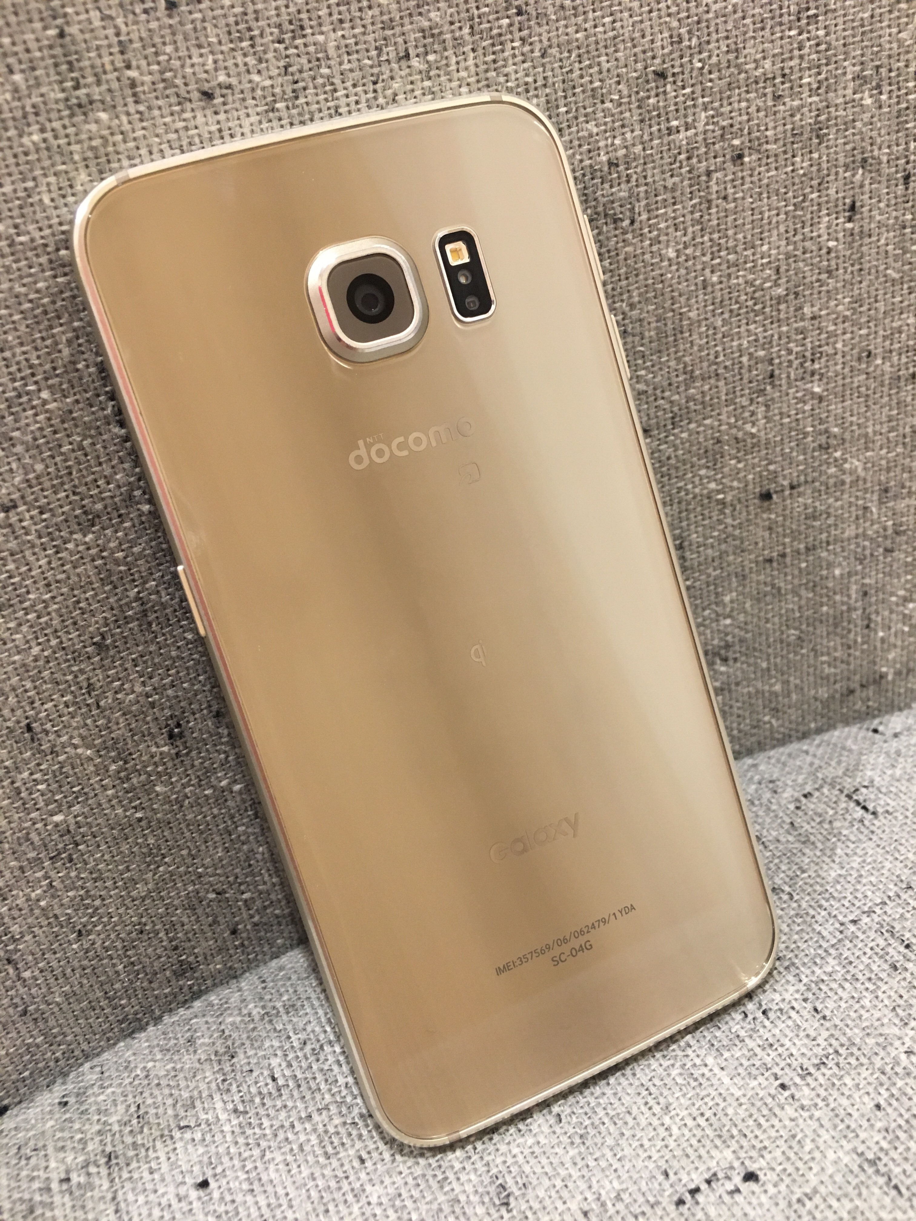 Galaxy S6 edge SC-04G 【ドコモ回線/ゴールド】