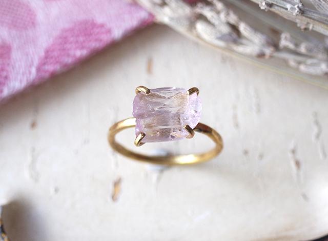 [一点物]原石のクンツァイトのリング