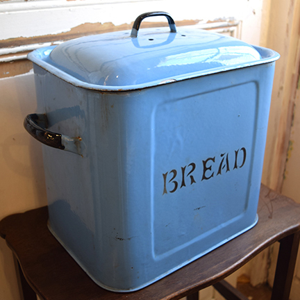 イギリス ホーローブレッド缶 ブルー